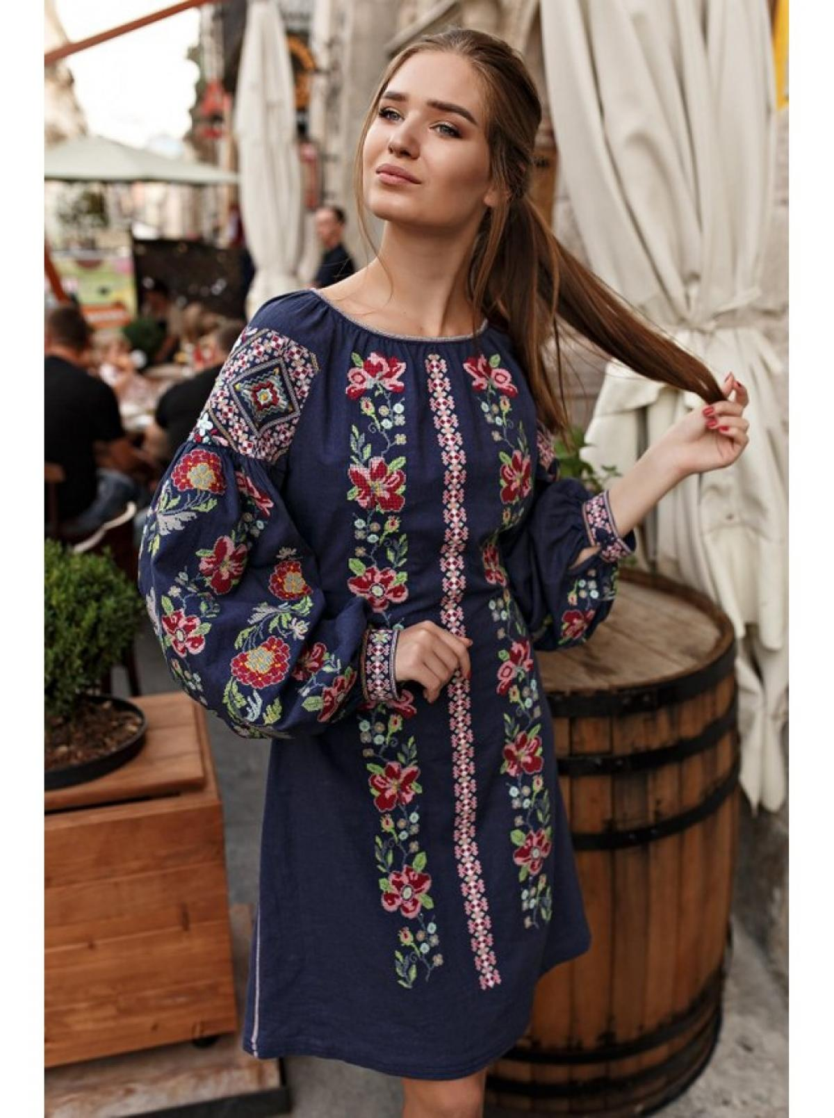 The dark blue dress with a colorful embroidery. Photo №3. | Narodnyi dim Ukraine