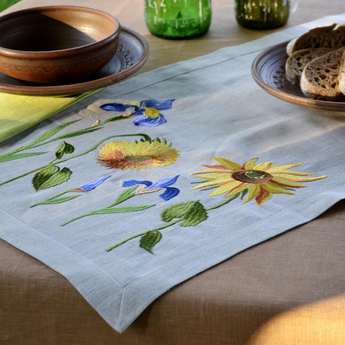 "Embroidered  ranner for the table ""Sunflowers Van Gogh"" 140x45 cm. Photo №3. 