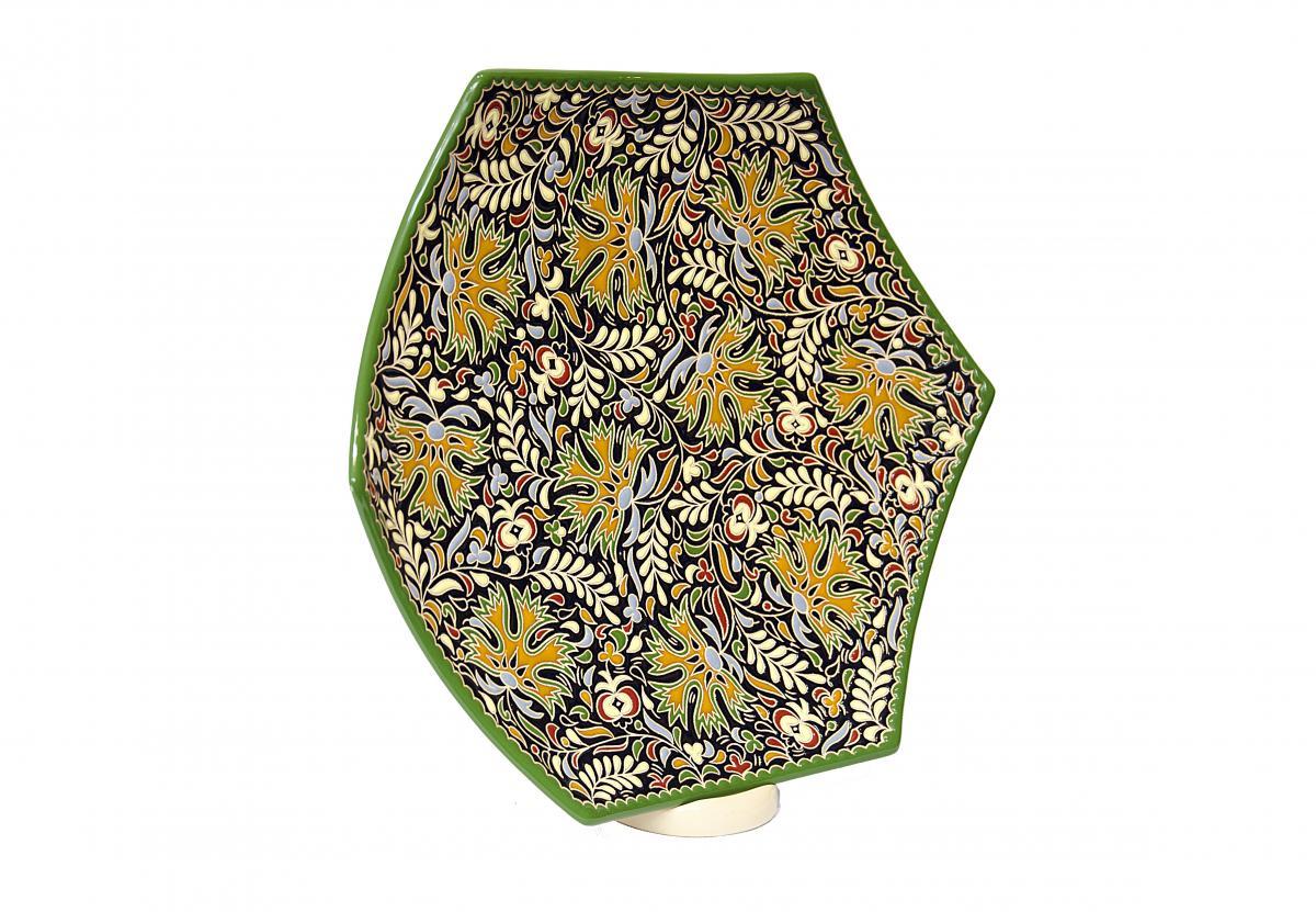 Тарелка с узором из авторской керамики ручной работы. Фото №2. | Народный дом Украина