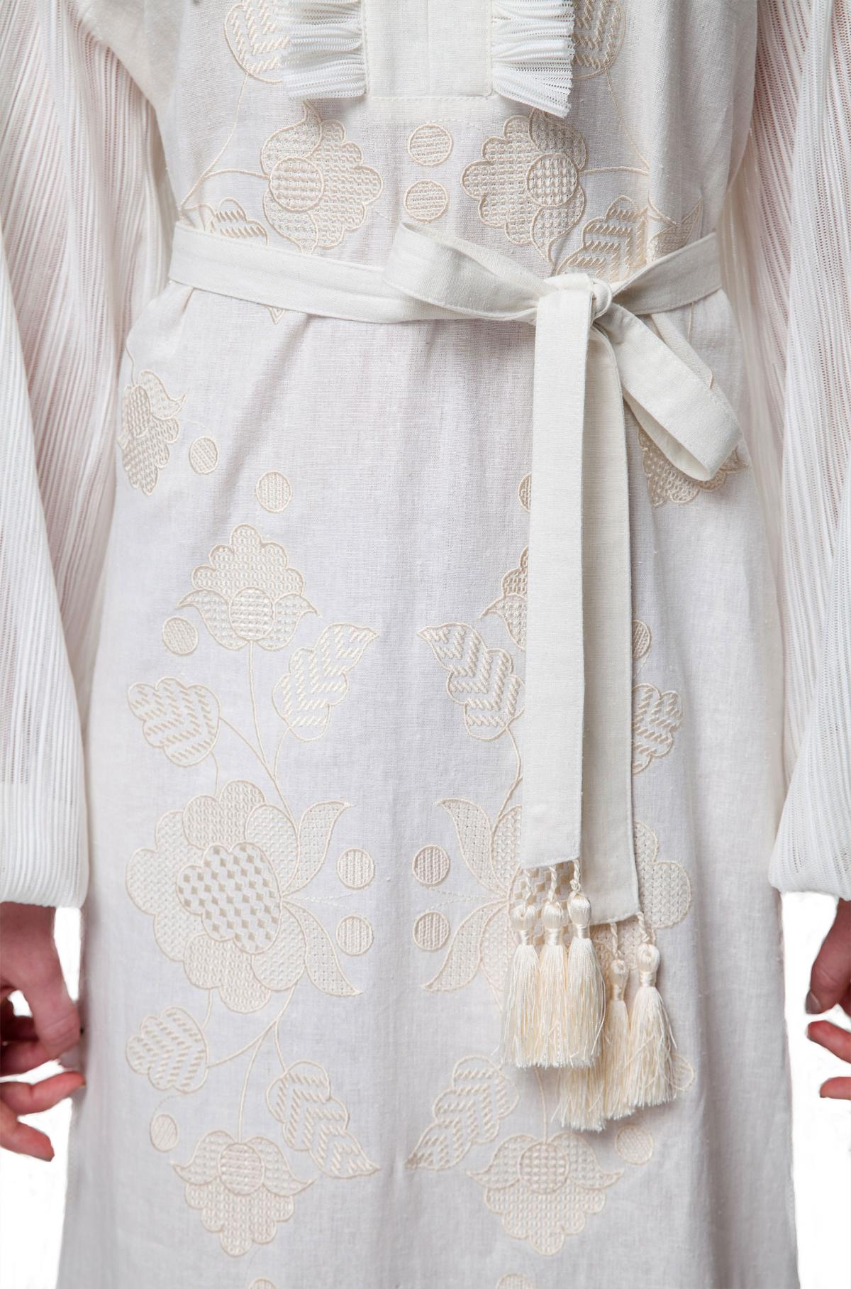 White elegant long embroidered dress. Photo №5. | Narodnyi dim Ukraine