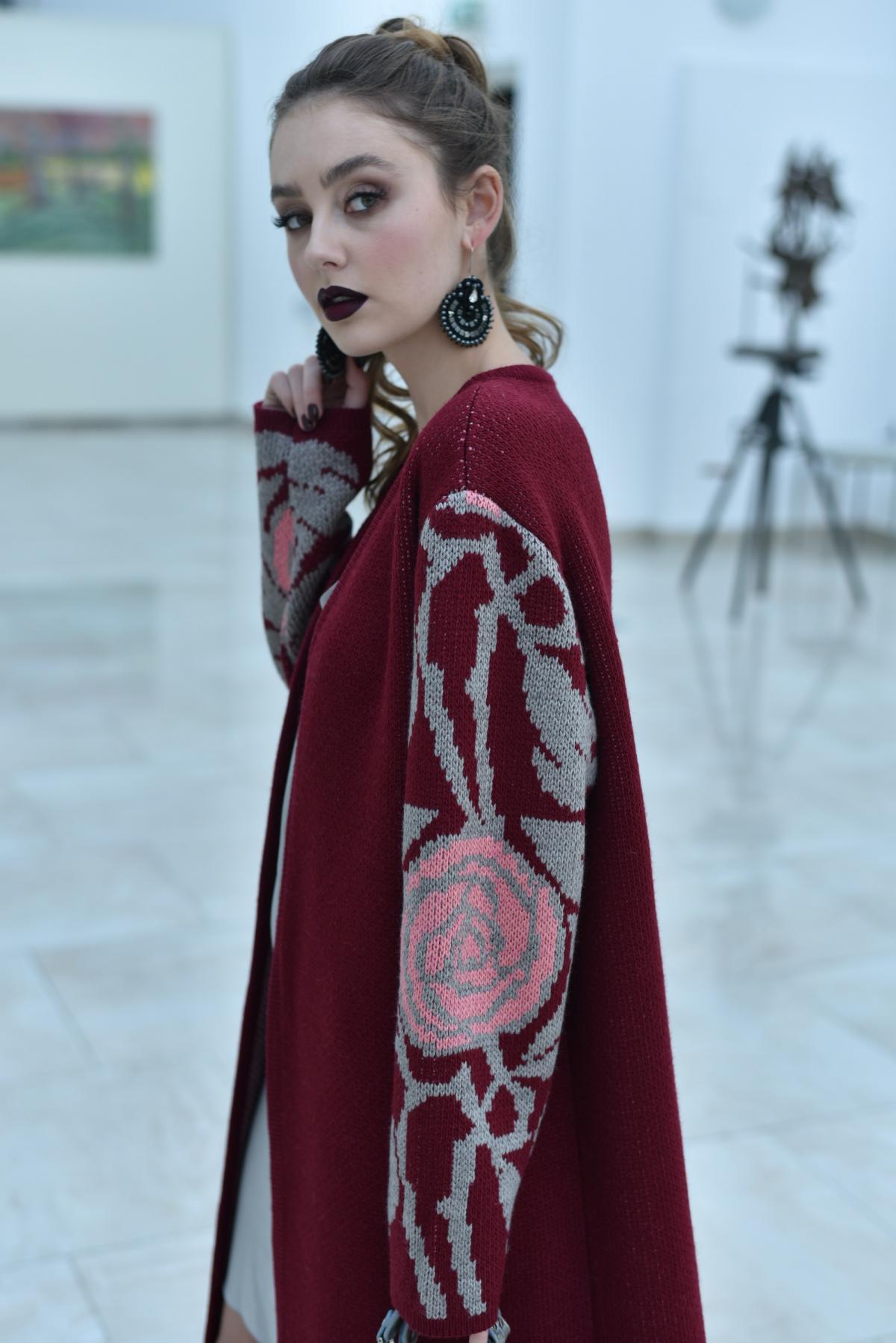 Cardigan knitted burgundy. Photo №3. | Narodnyi dim Ukraine