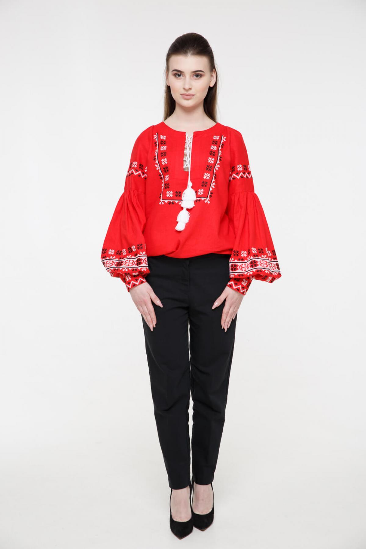 Рубашка вышитая «Наследство» красная. Фото №2. | Народный дом Украина