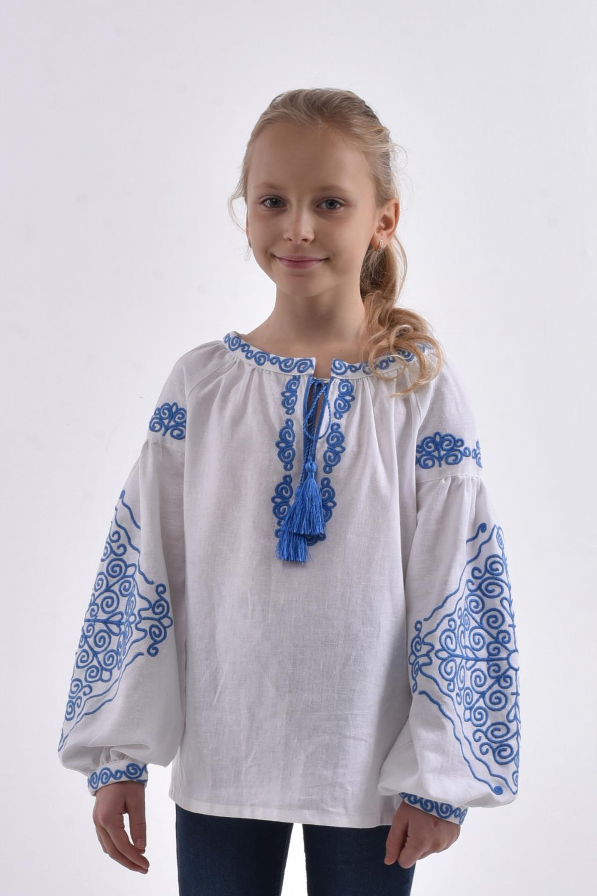 "Embroidery for girls ""Morozets"". Photo №1. | Narodnyi dim Ukraine"