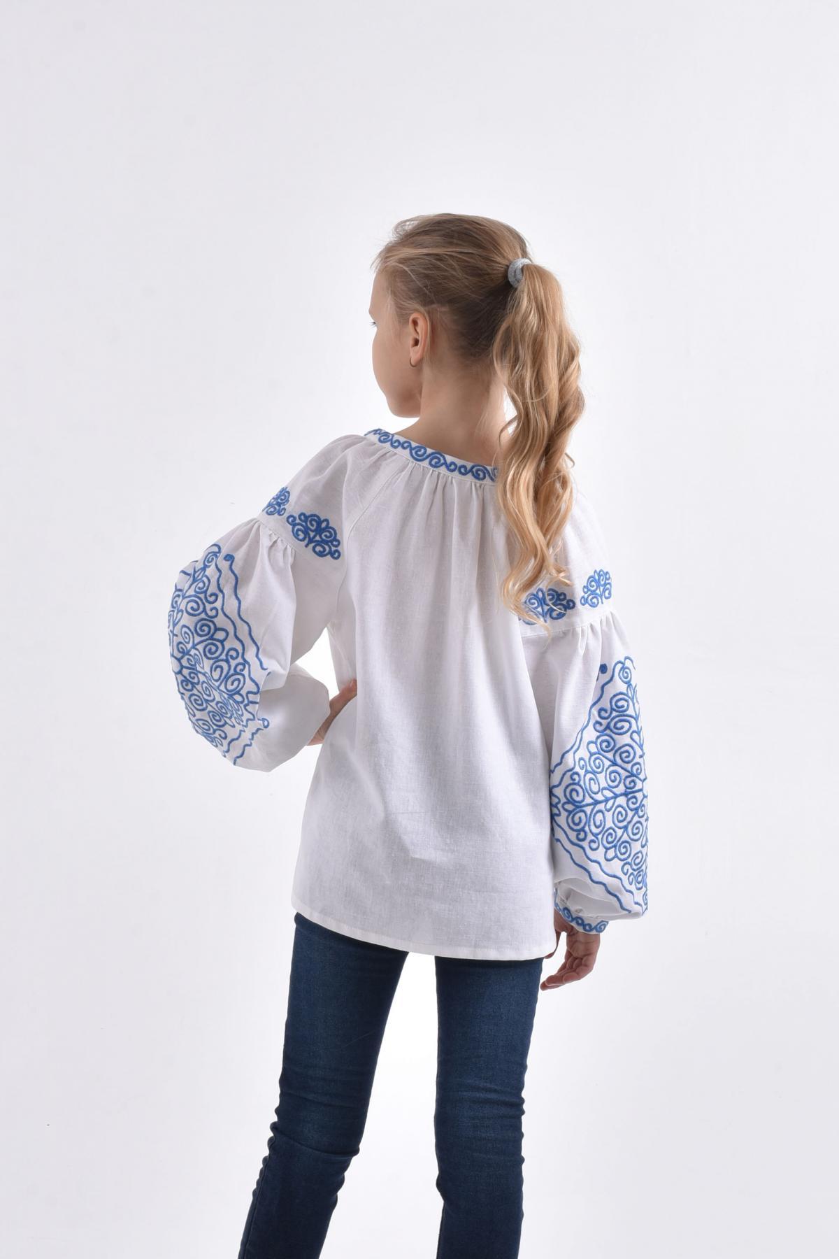 "Embroidery for girls ""Morozets"". Photo №3. | Narodnyi dim Ukraine"