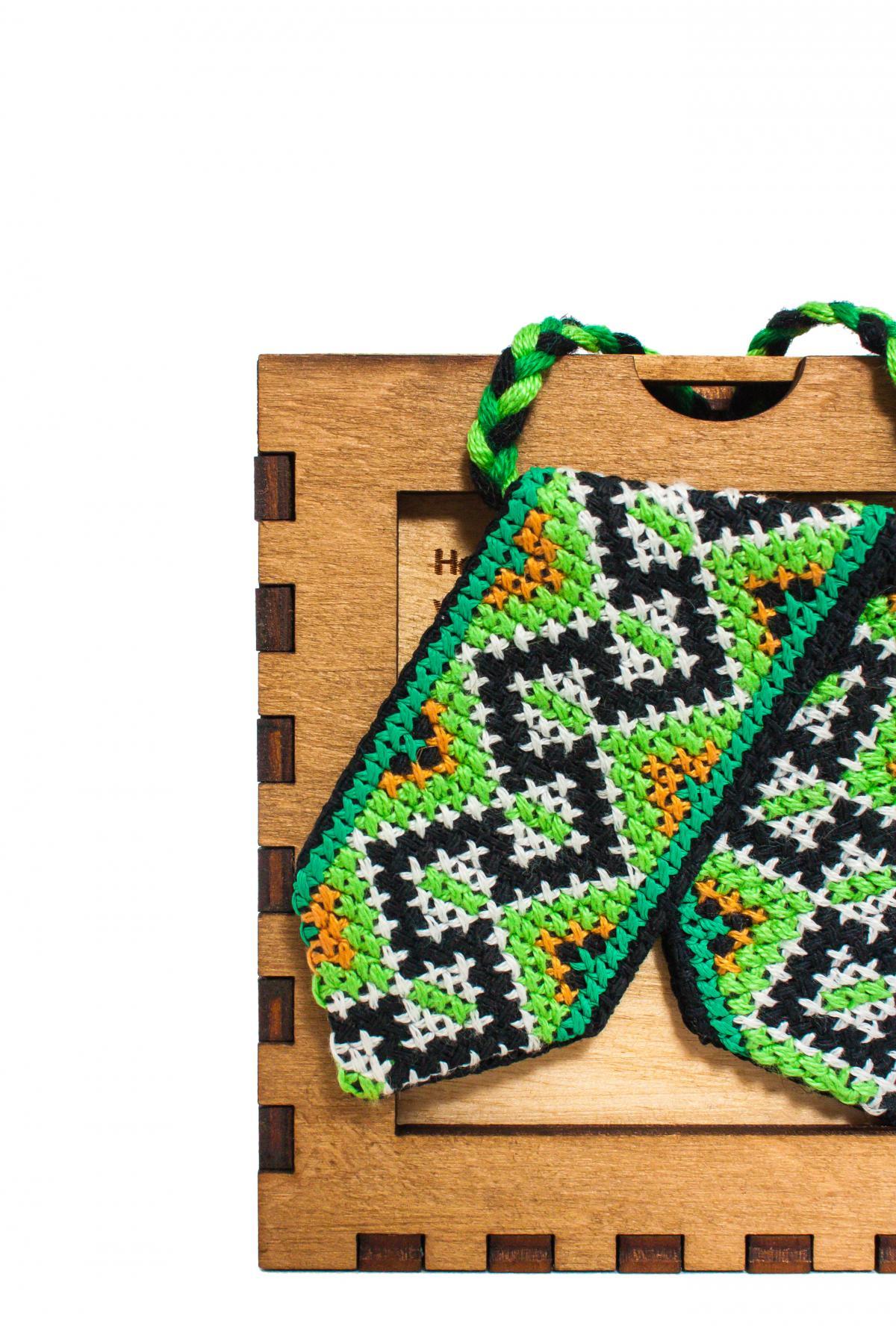 Кросс-галстук с вышивкой зеленый. Фото №2. | Народный дом Украина