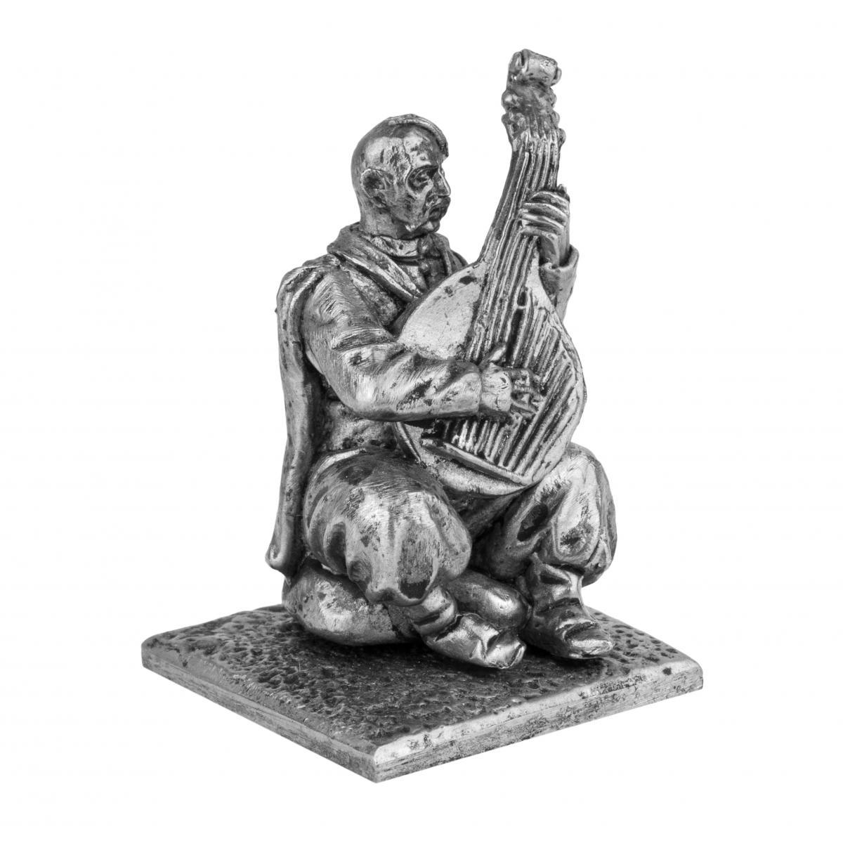 Фигурка мужчины с бандурой. Фото №2. | Народный дом Украина