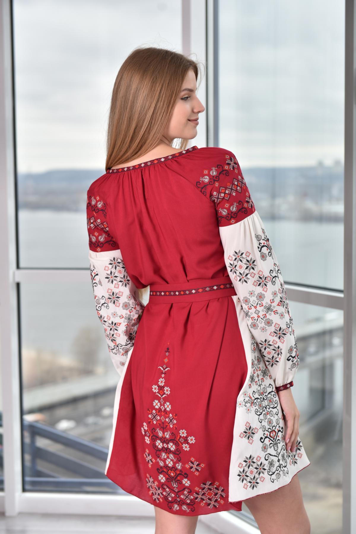 Tender red-beige dress with embroidery. Photo №2. | Narodnyi dim Ukraine