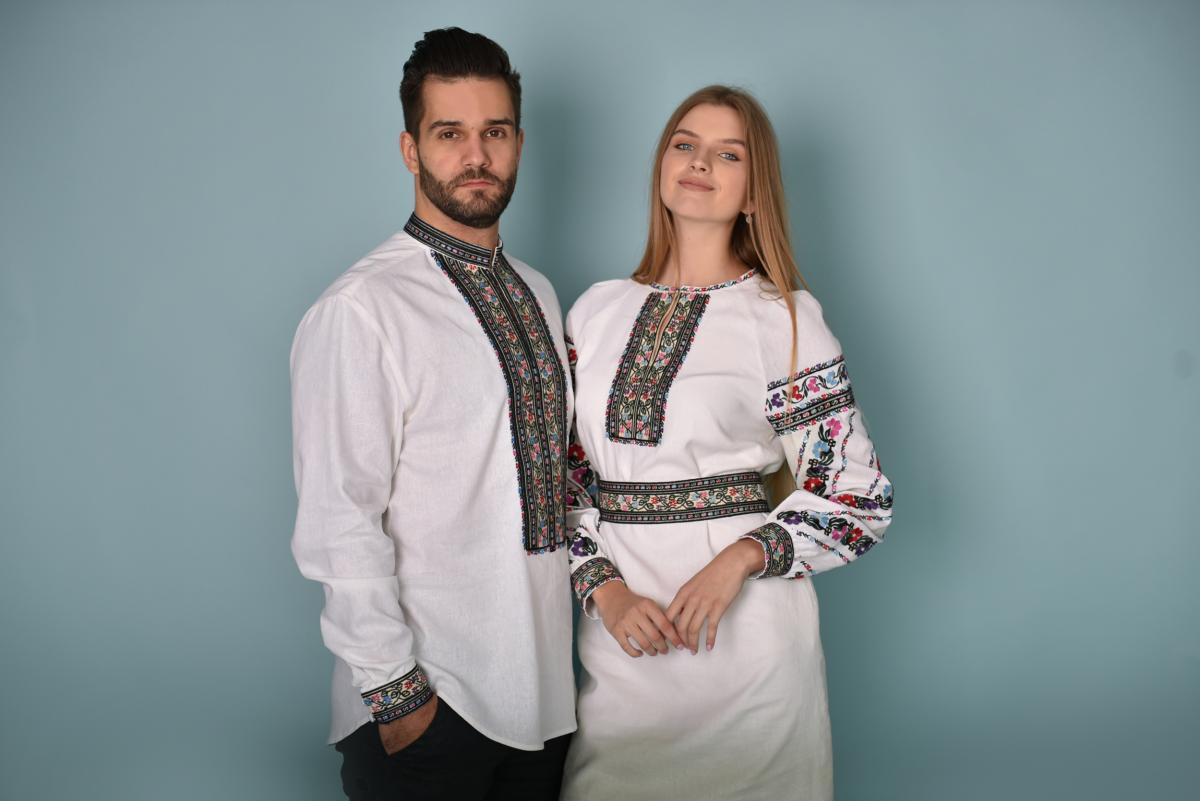 Біла вишиванка з квітковою вишивкою. Фото №2. | Народний дім Україна