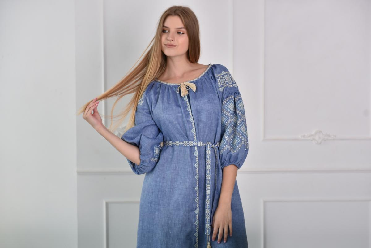 Blue embroidered dress with beige embroidery. Photo №2. | Narodnyi dim Ukraine
