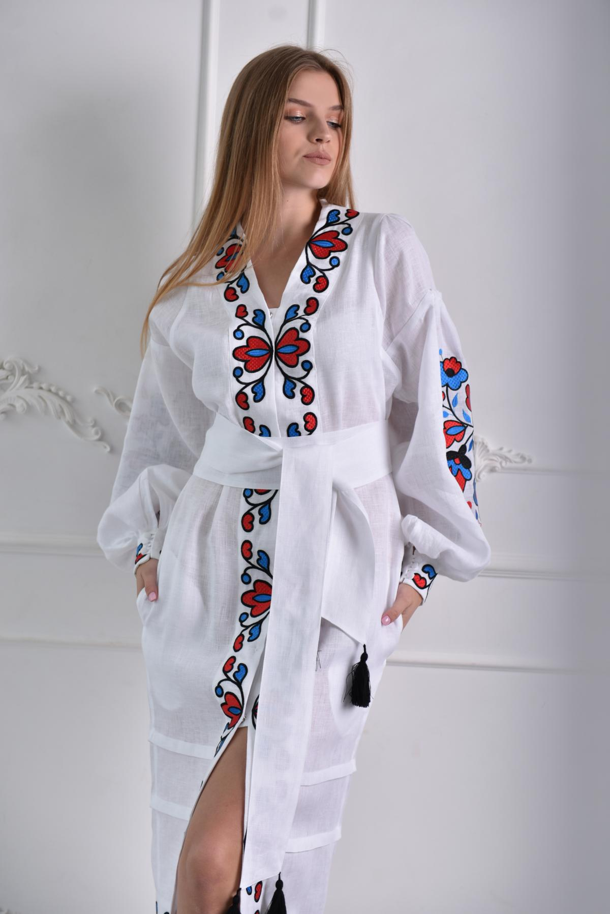 White linen embroidered dress with a blade. Photo №1. | Narodnyi dim Ukraine