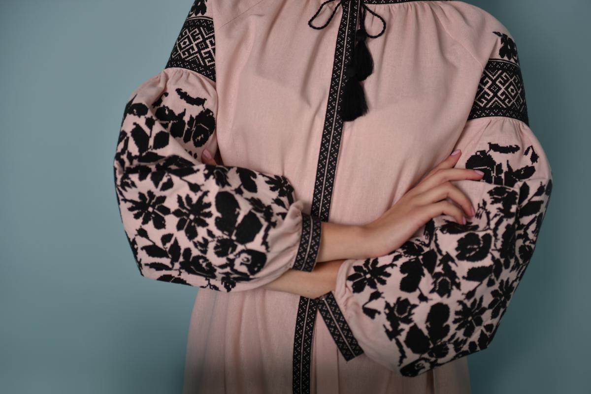 Pink embroidered dress with black embroidery. Photo №2. | Narodnyi dim Ukraine