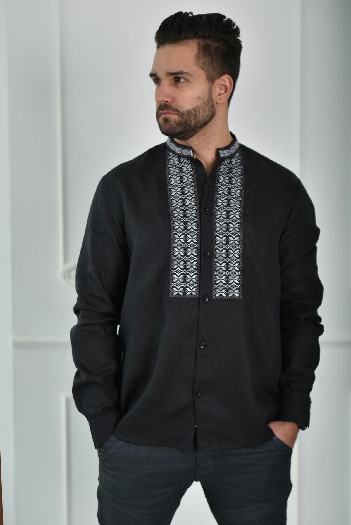 Black shirt with grey embroidery. Photo №1. | Narodnyi dim Ukraine