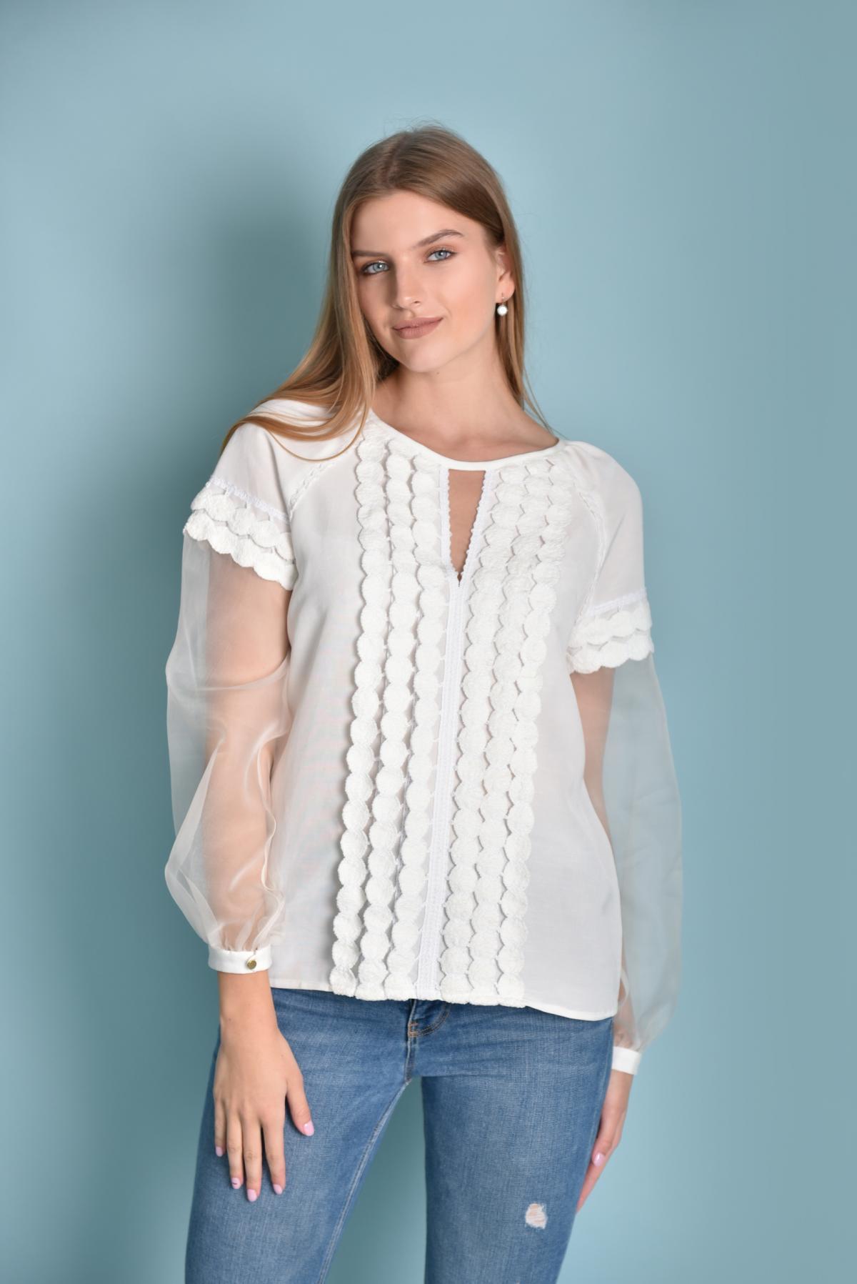 White delicate embroidery with organza sleeves. Photo №1. | Narodnyi dim Ukraine