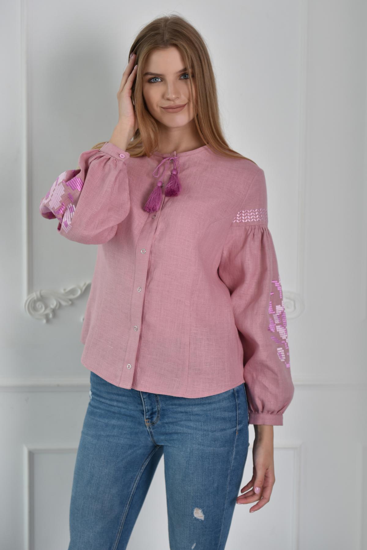 Рожева жіноча вишиванка. Фото №1. | Народний дім Україна