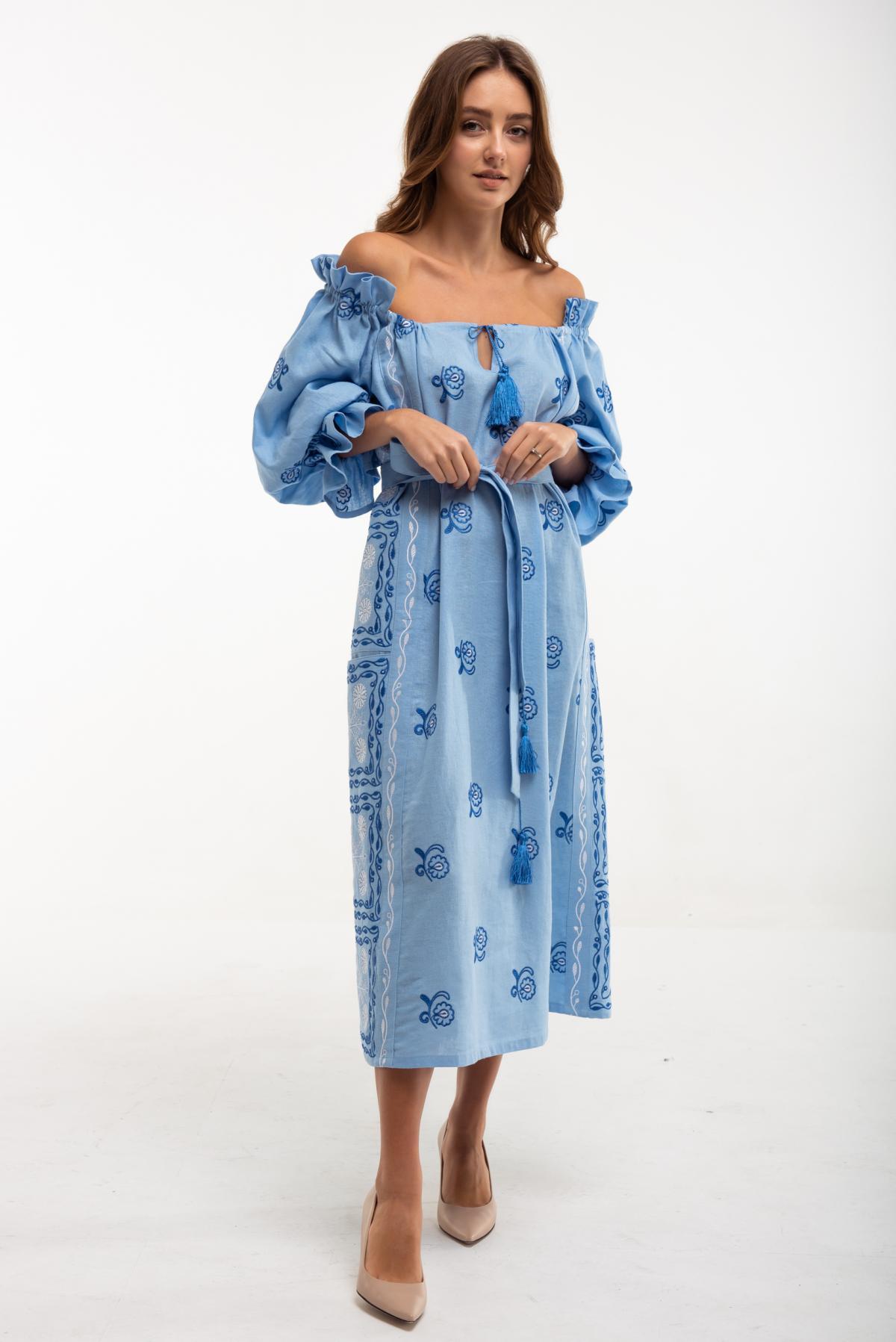 Вышитое платье Барвинок голубое. Фото №1. | Народный дом Украина