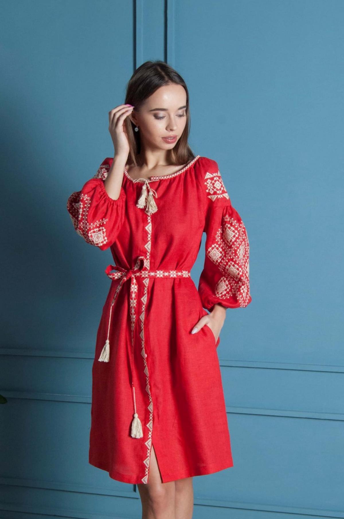 Красная льняное вишитое  платье-миди. Фото №1. | Народный дом Украина