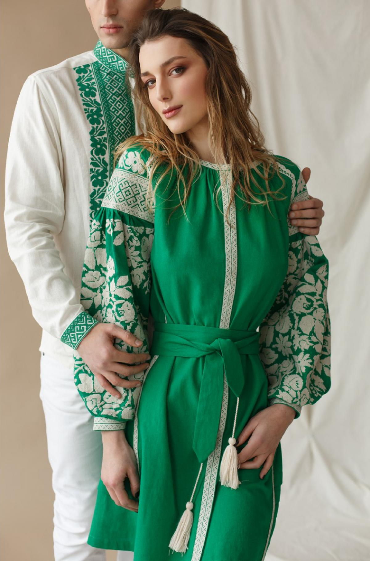 Dress with white embroidery on green flax. Photo №2. | Narodnyi dim Ukraine