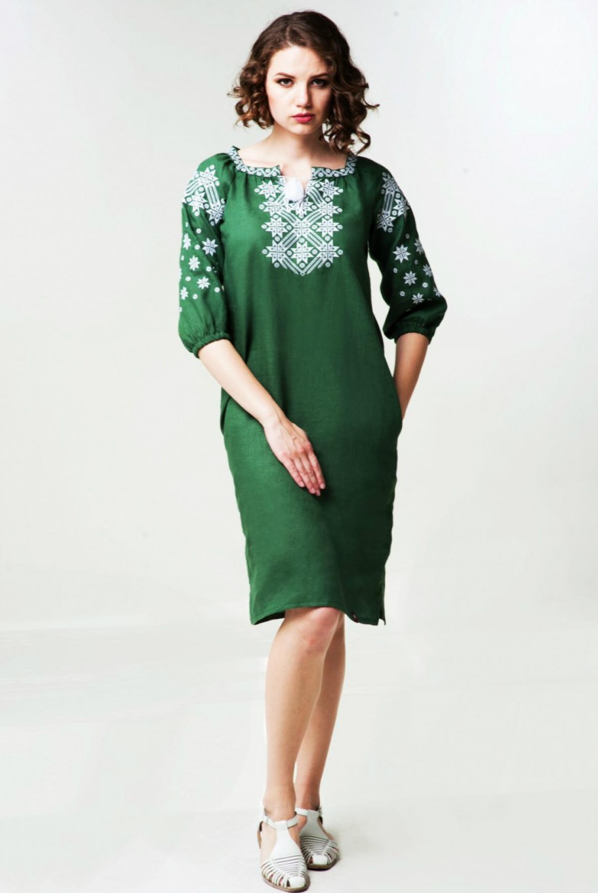Зелена лляна вишита жіноча сукня. Фото №2. | Народний дім Україна