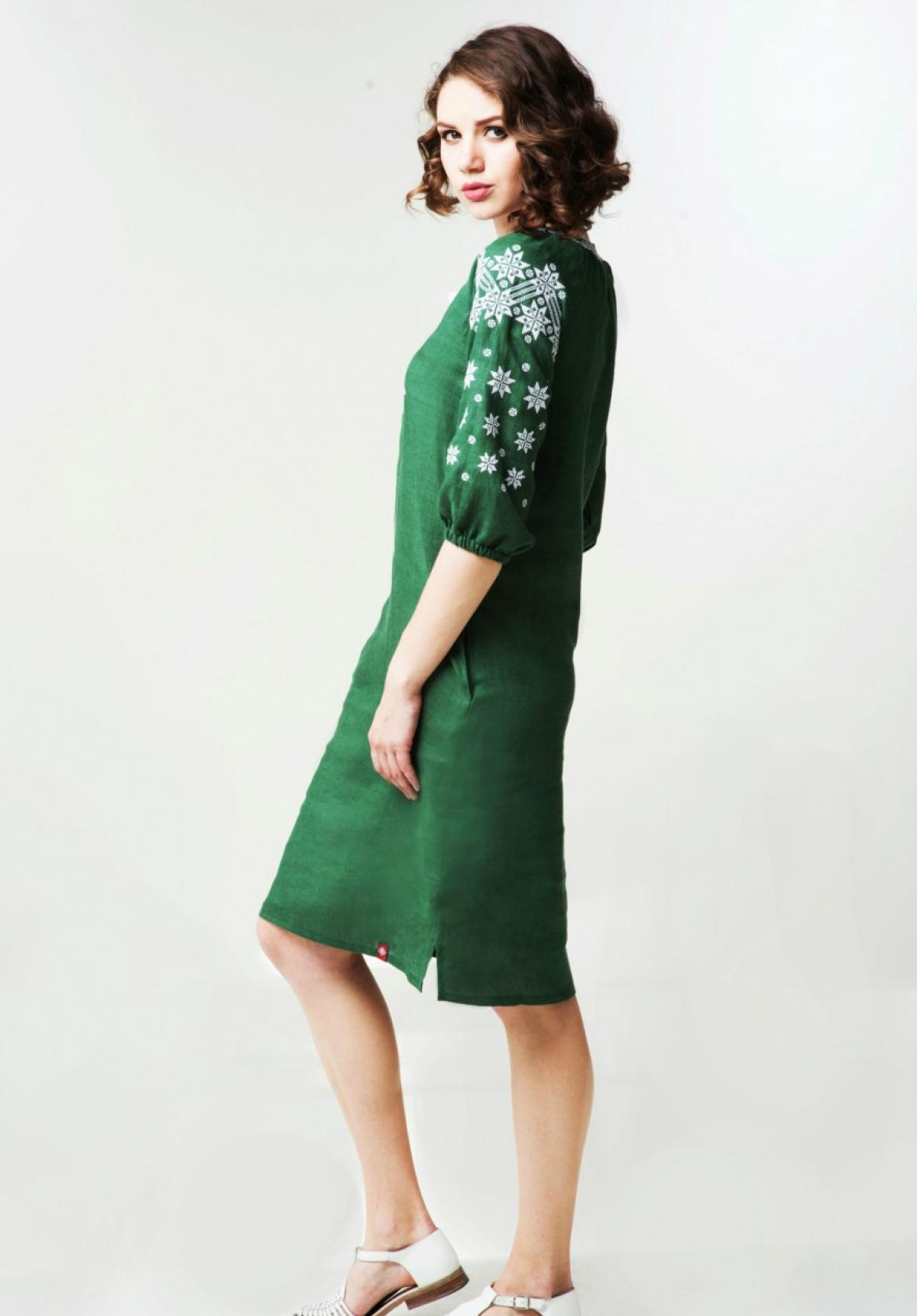 Зелена лляна вишита жіноча сукня. Фото №3. | Народний дім Україна