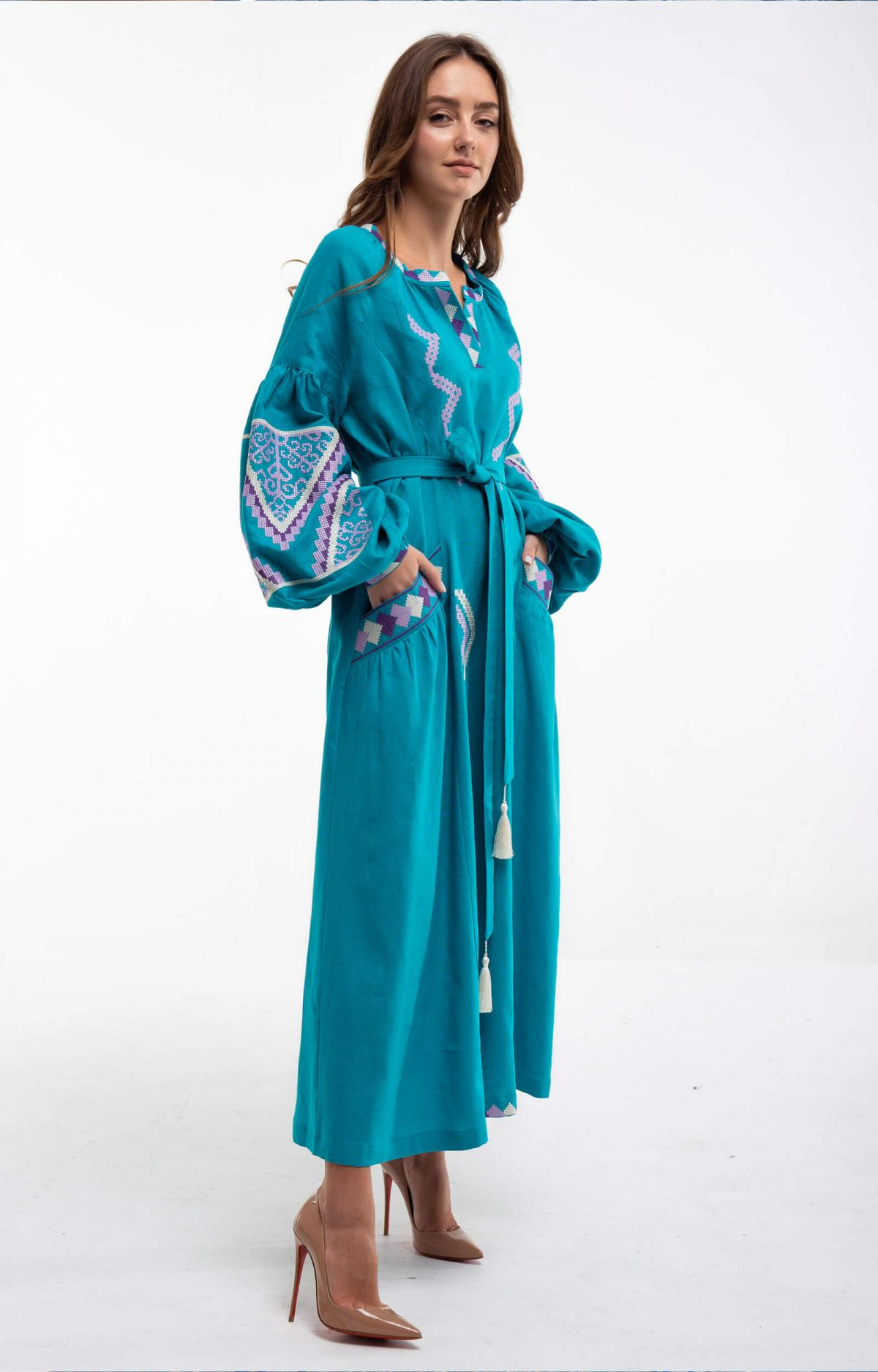Embroidered long dress of turquoise color. Photo №4. | Narodnyi dim Ukraine