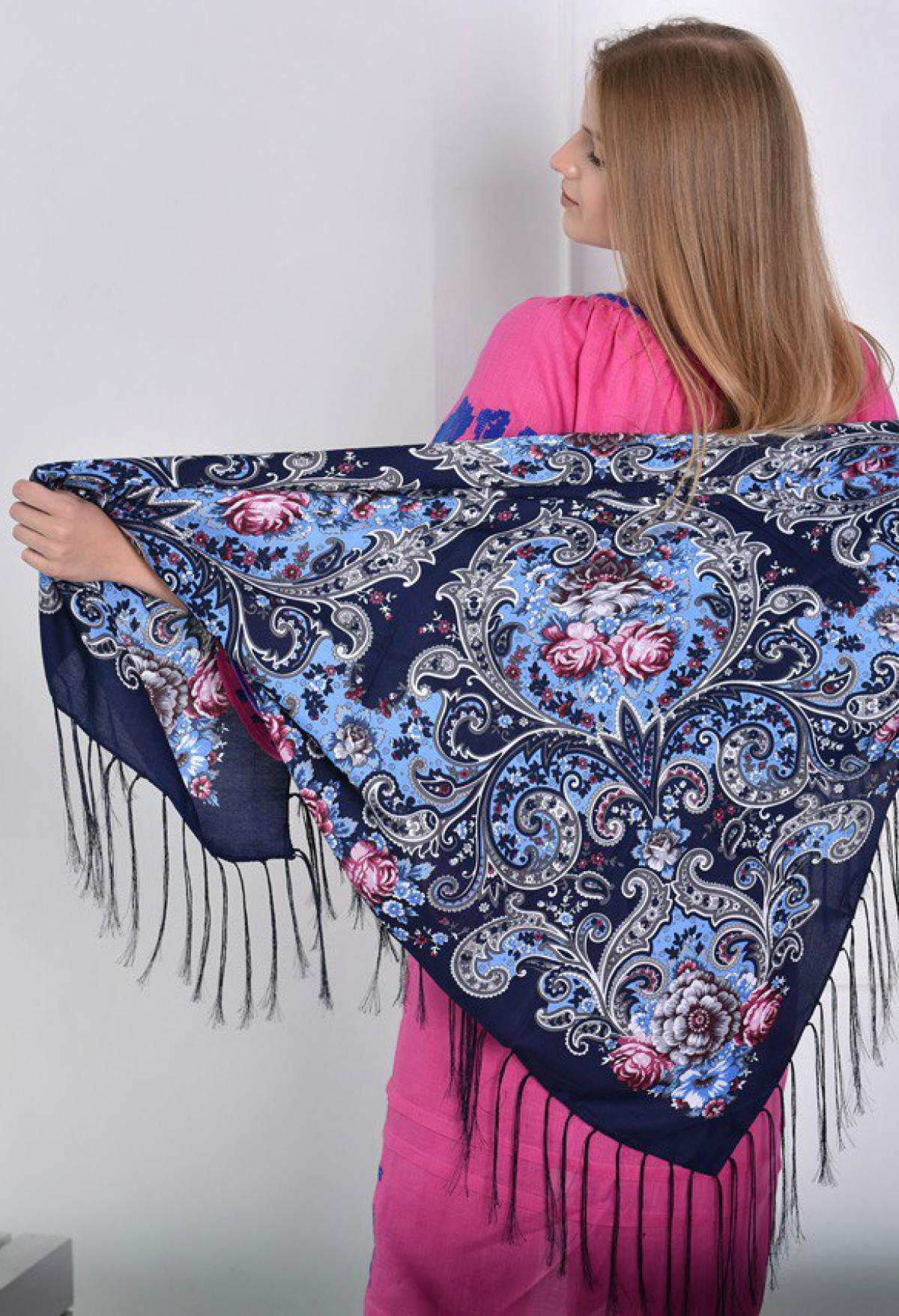 Blue ukrainian wool shawl  . Photo №1. | Narodnyi dim Ukraine