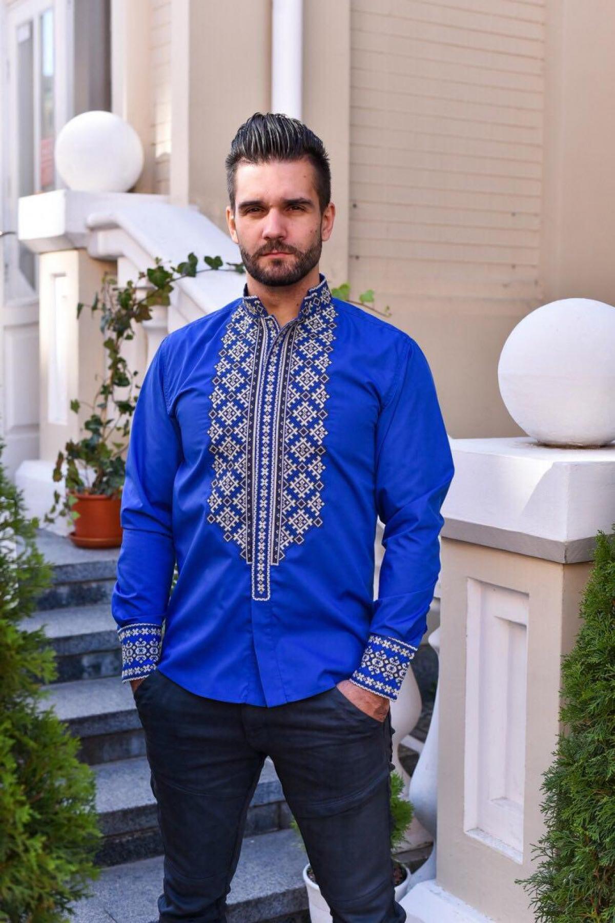 Синяя хлопчатобумажная мужская вышиванка