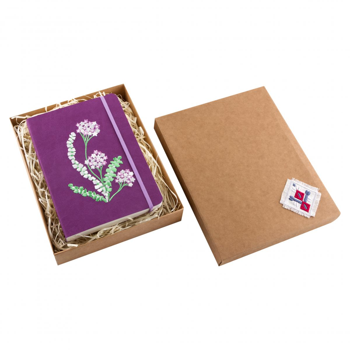 Violet notebook with embroidered flowers. Photo №3. | Narodnyi dim Ukraine