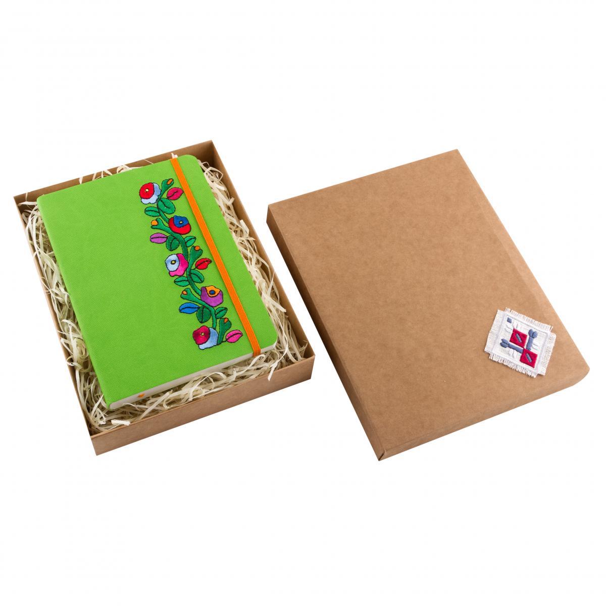 Зеленый блокнот с вышивкой. Фото №5. | Народный дом Украина