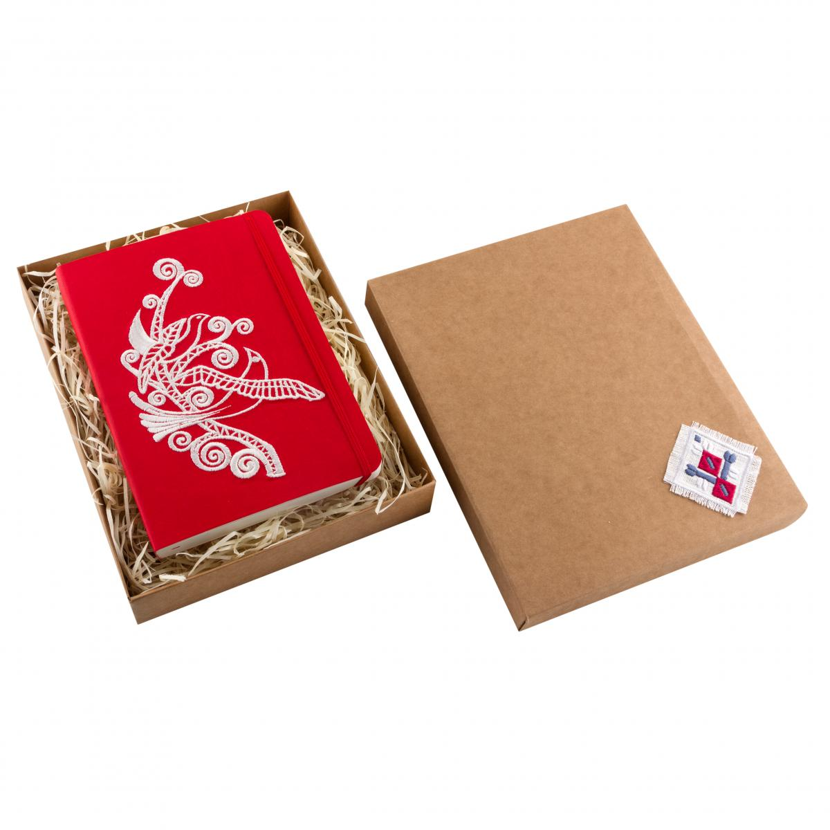 Eco-leather notebook with embroidered Paradise birds, red. Photo №3. | Narodnyi dim Ukraine