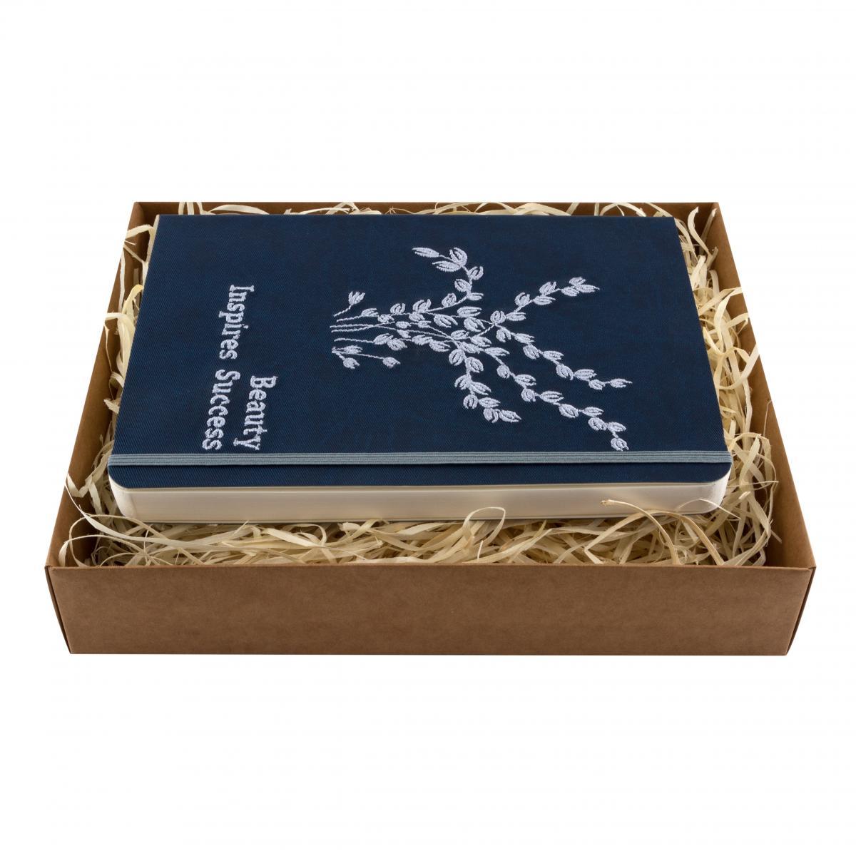Блокнот с эко-кожи с вышивкой Beauty inspires success. Фото №1. | Народный дом Украина
