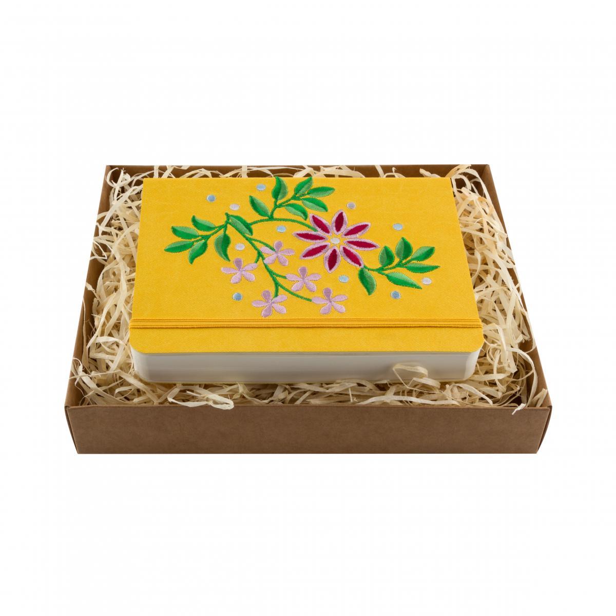 Блокнот с эко-кожи с вышивкой Тернопольщина, желтый. Фото №1. | Народный дом Украина