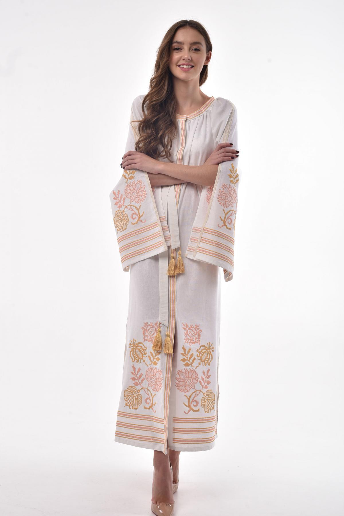 Молочна сукня з пишними рукавами з розрізами. Фото №3. | Народний дім Україна