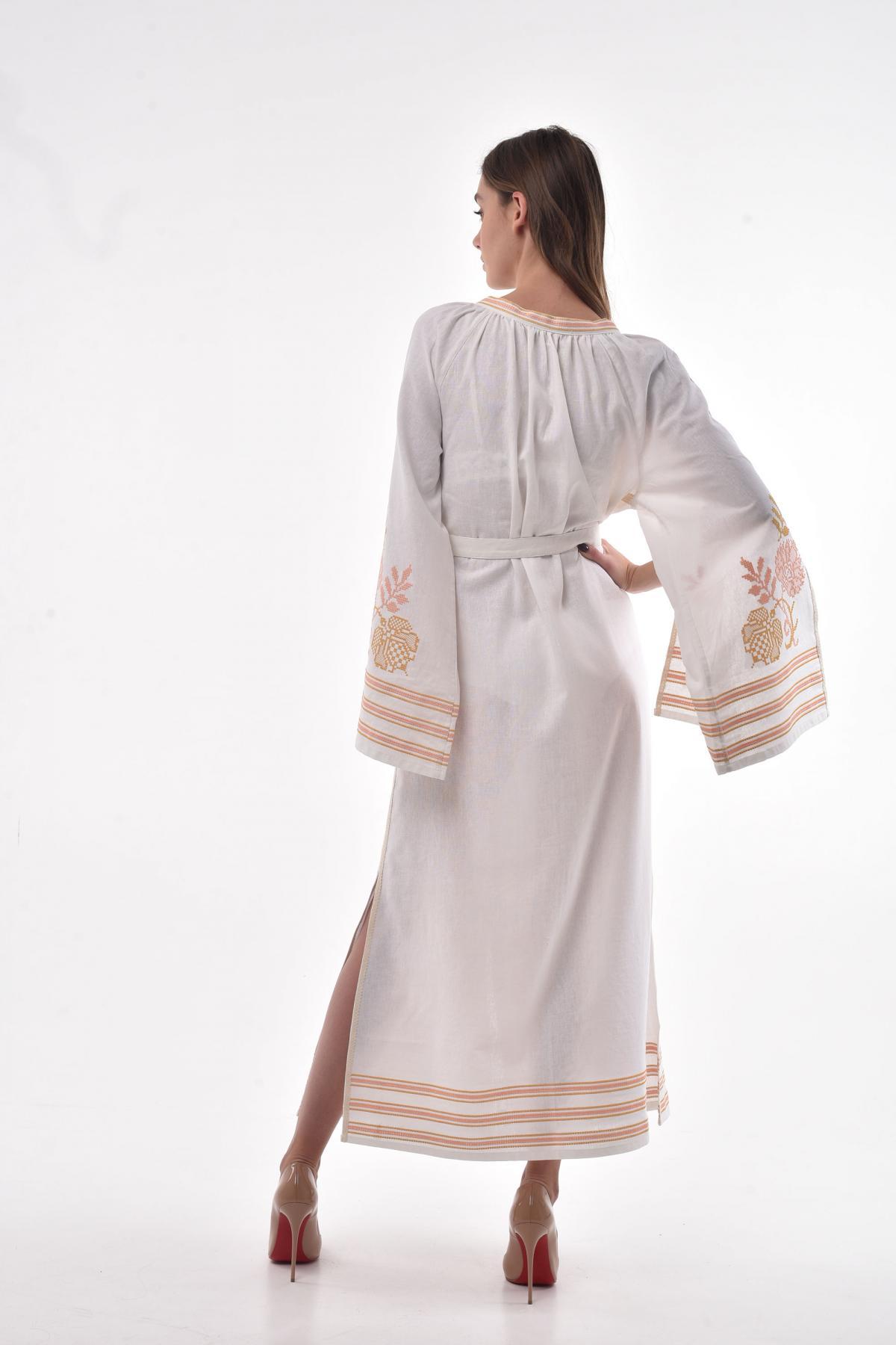 Молочна сукня з пишними рукавами з розрізами. Фото №4. | Народний дім Україна
