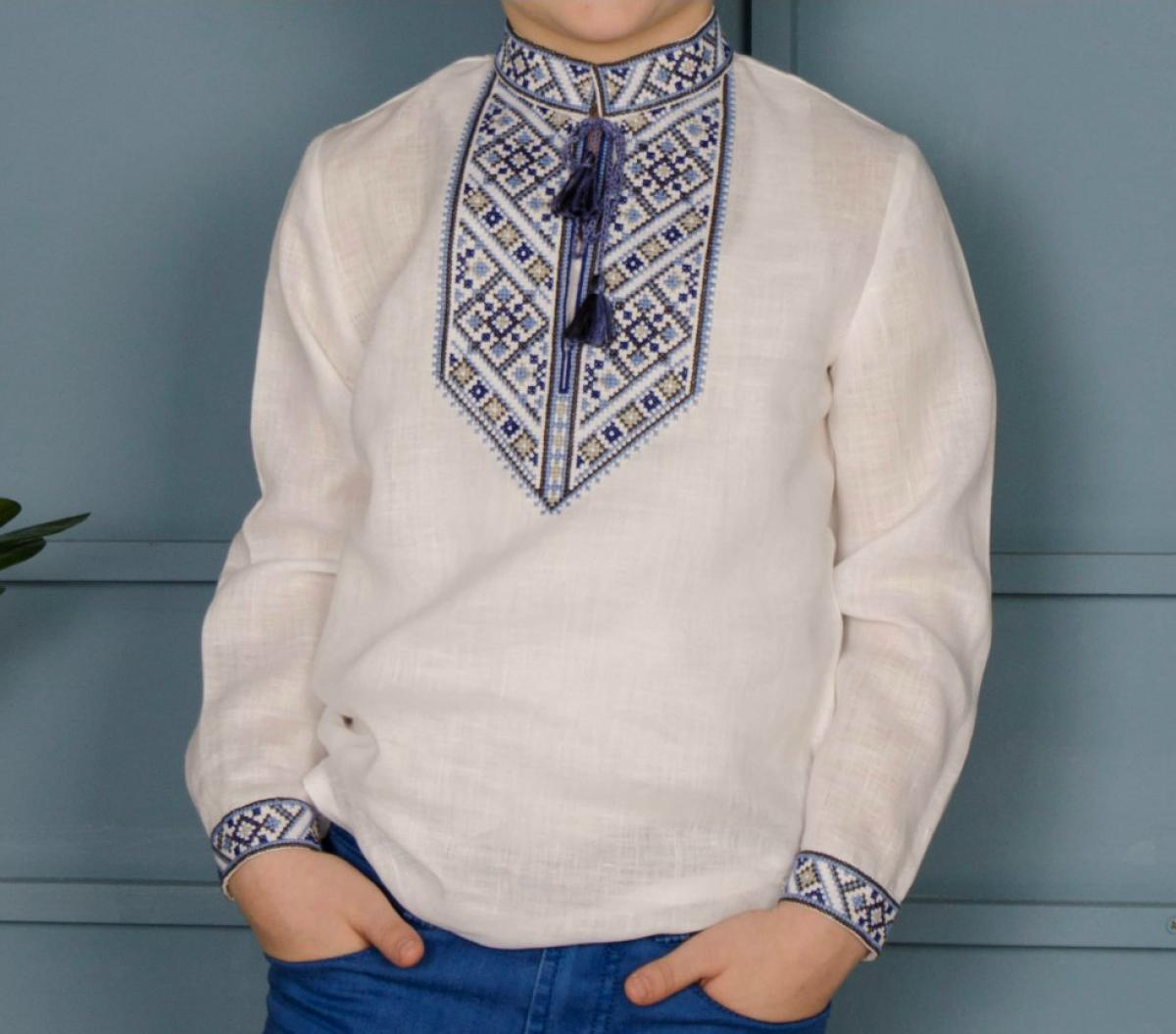 White embroidery for a boy with a blue-gray pattern. Photo №3. | Narodnyi dim Ukraine
