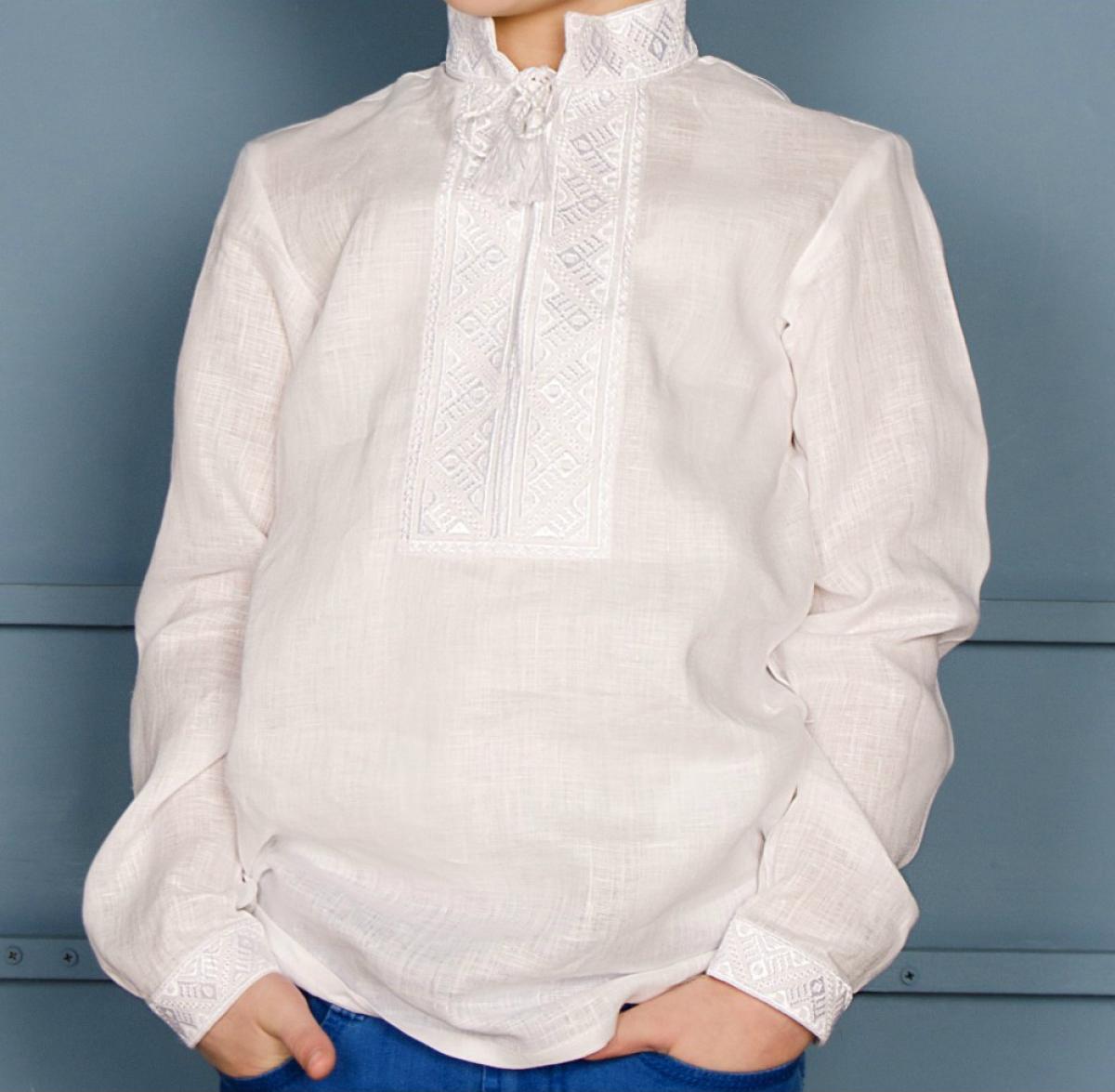 Вишиванка для хлопчика біла по білому. Фото №3. | Народний дім Україна