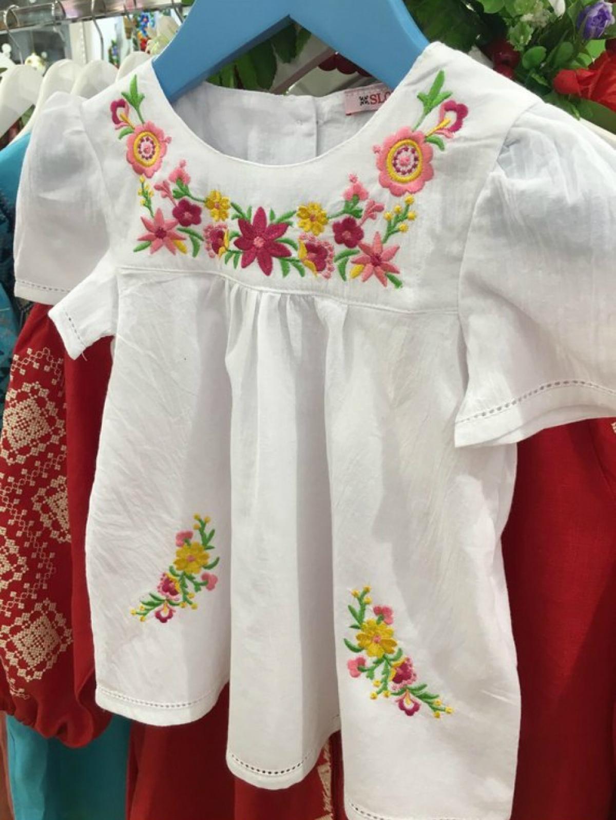 Embroidered dress for girls 3-6-12-18 months. Photo №2. | Narodnyi dim Ukraine