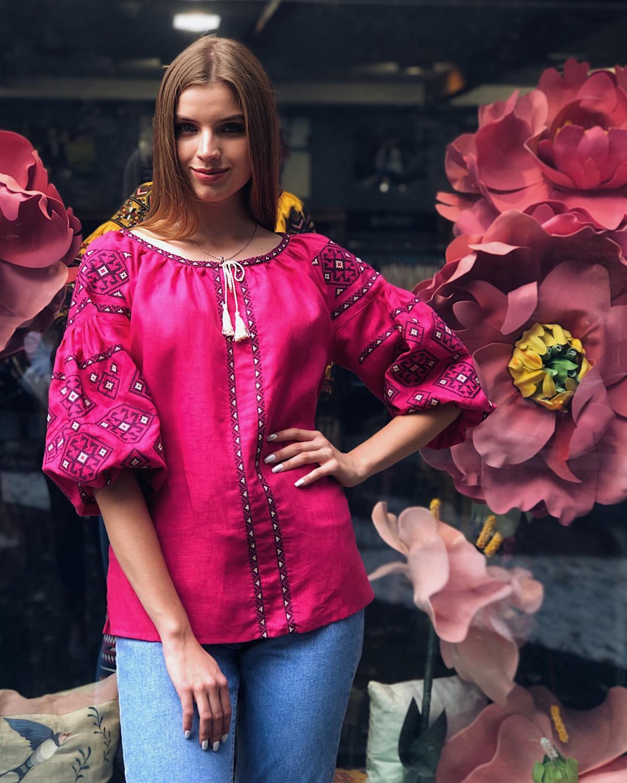 Яркая розовая женская вышиванка с рукавом 3/4. Фото №2. | Народный дом Украина