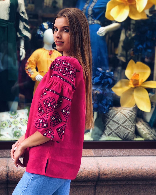 Яркая розовая женская вышиванка с рукавом 3/4. Фото №5. | Народный дом Украина