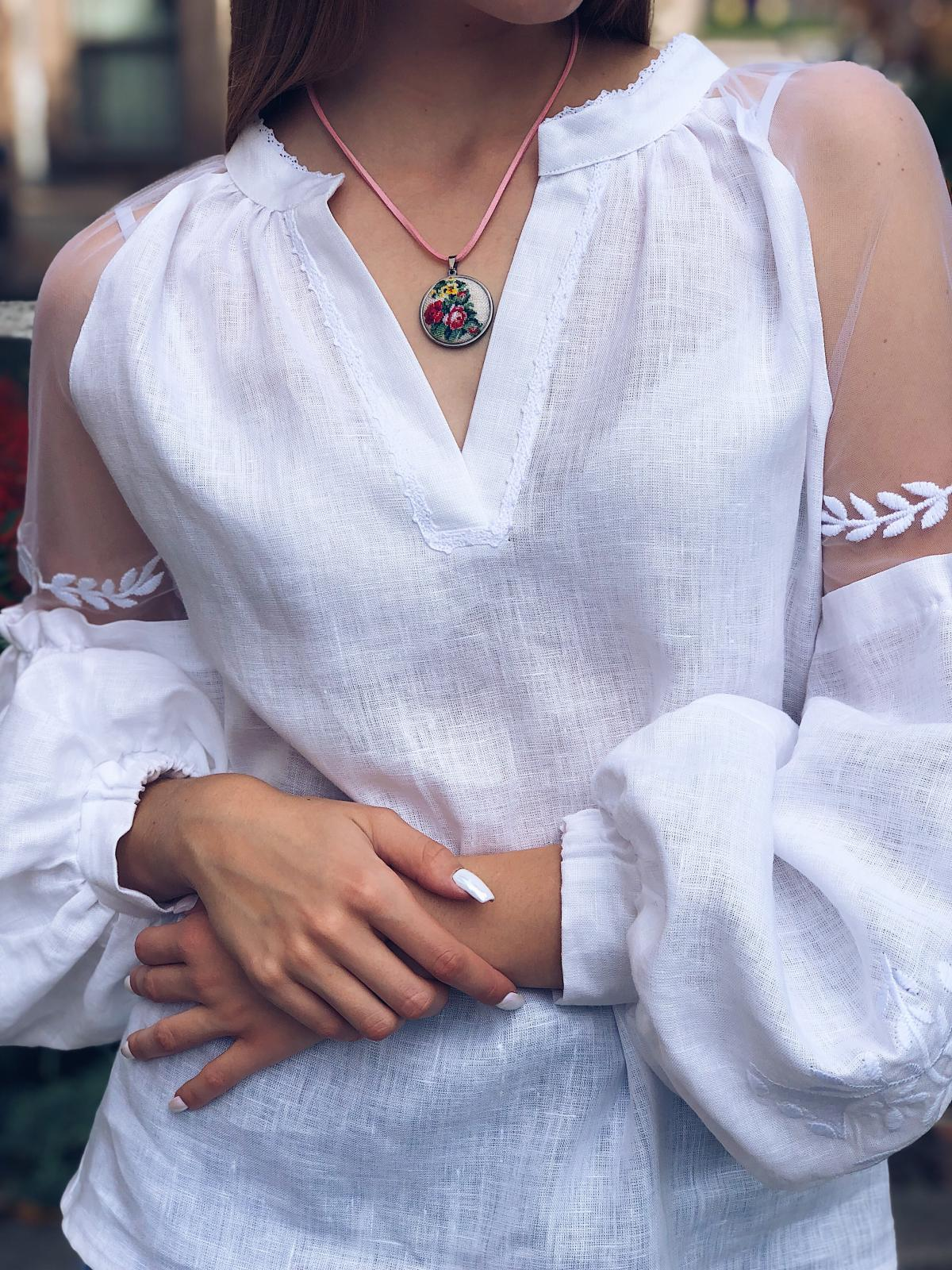 White delicate embroidered blouse with exquisite sleeves. Photo №2. | Narodnyi dim Ukraine