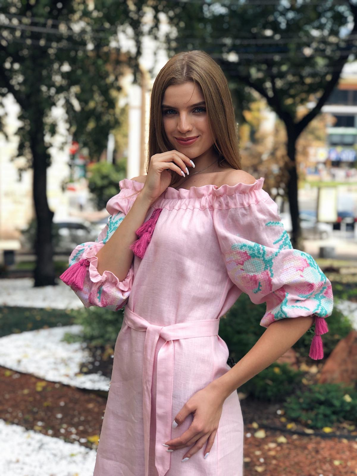 Delicate pink embroidered dress Zephyr. Photo №2. | Narodnyi dim Ukraine