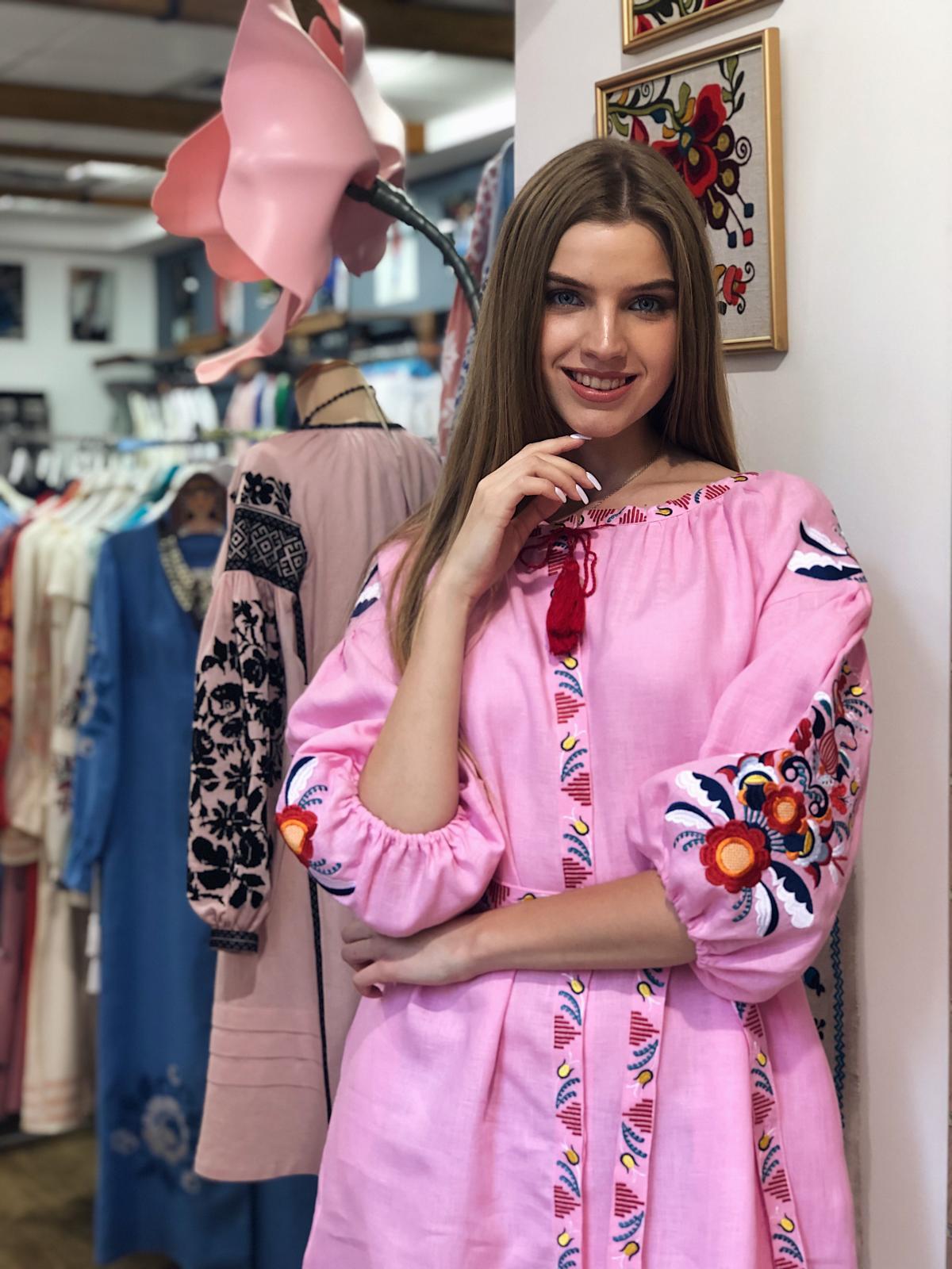 Bright medium-length embroidered pink dress. Photo №4. | Narodnyi dim Ukraine