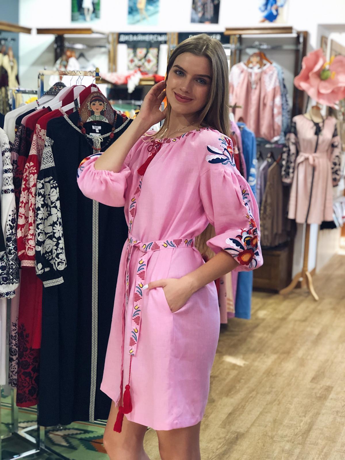 Bright medium-length embroidered pink dress. Photo №5. | Narodnyi dim Ukraine