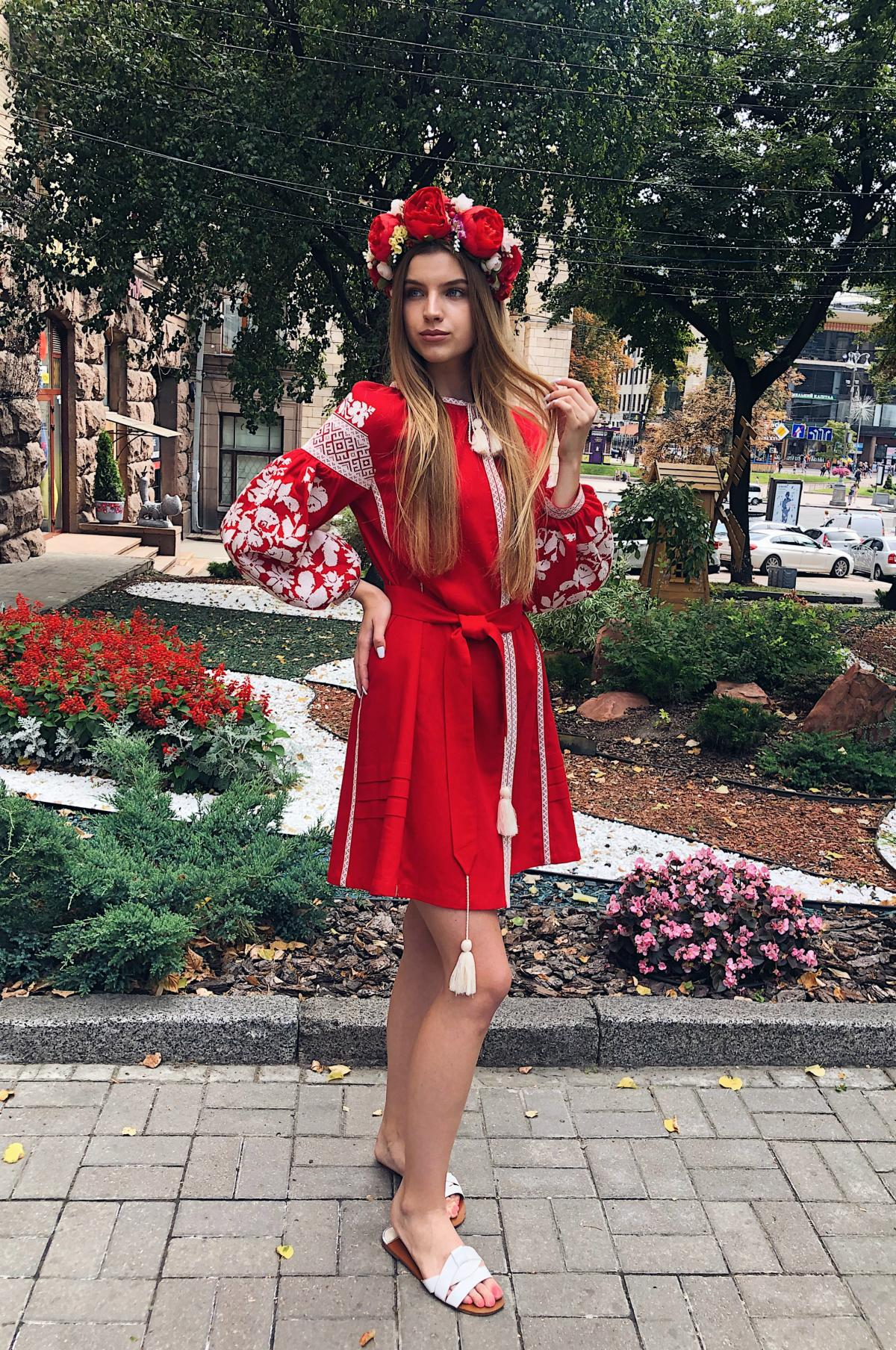 Red embroidered dress with milk floral embroidery. Photo №3. | Narodnyi dim Ukraine