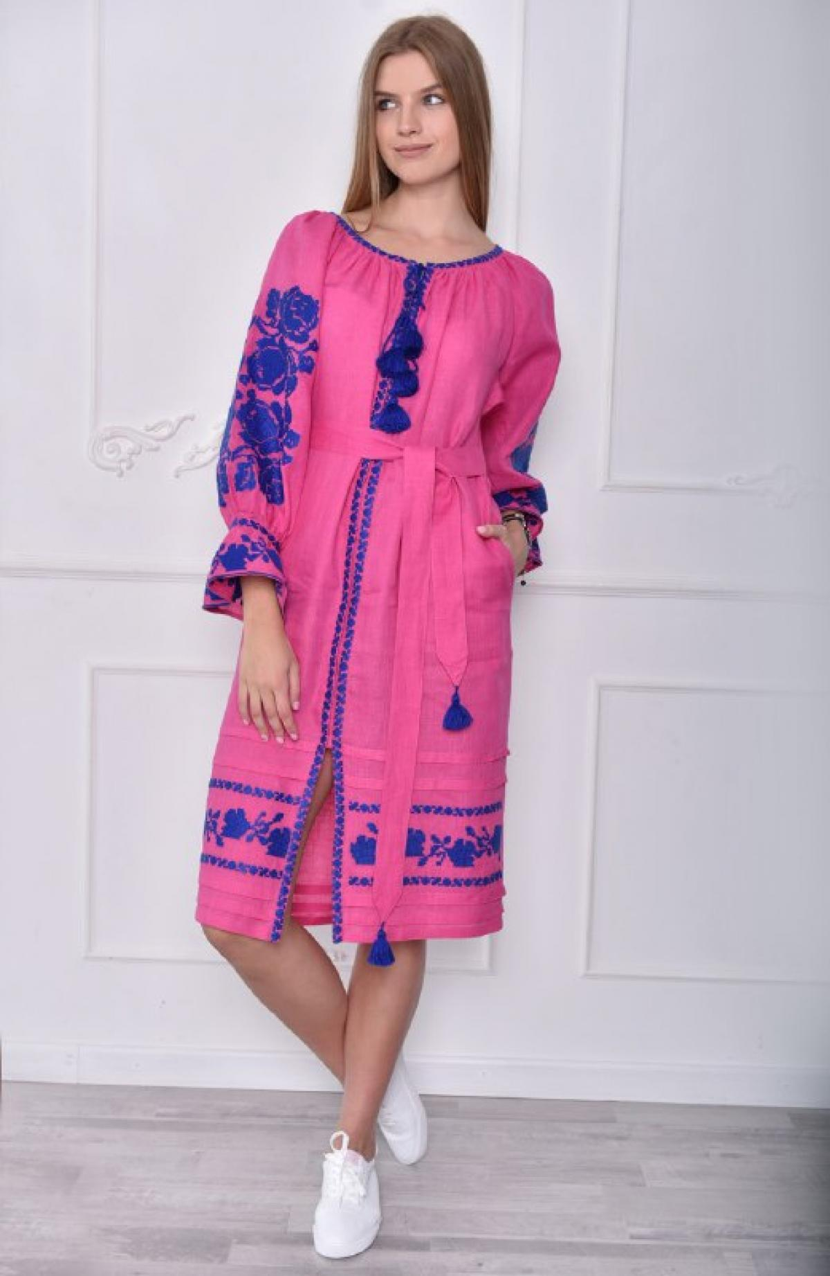 Bright pink dress with blue embroidery. Photo №1. | Narodnyi dim Ukraine