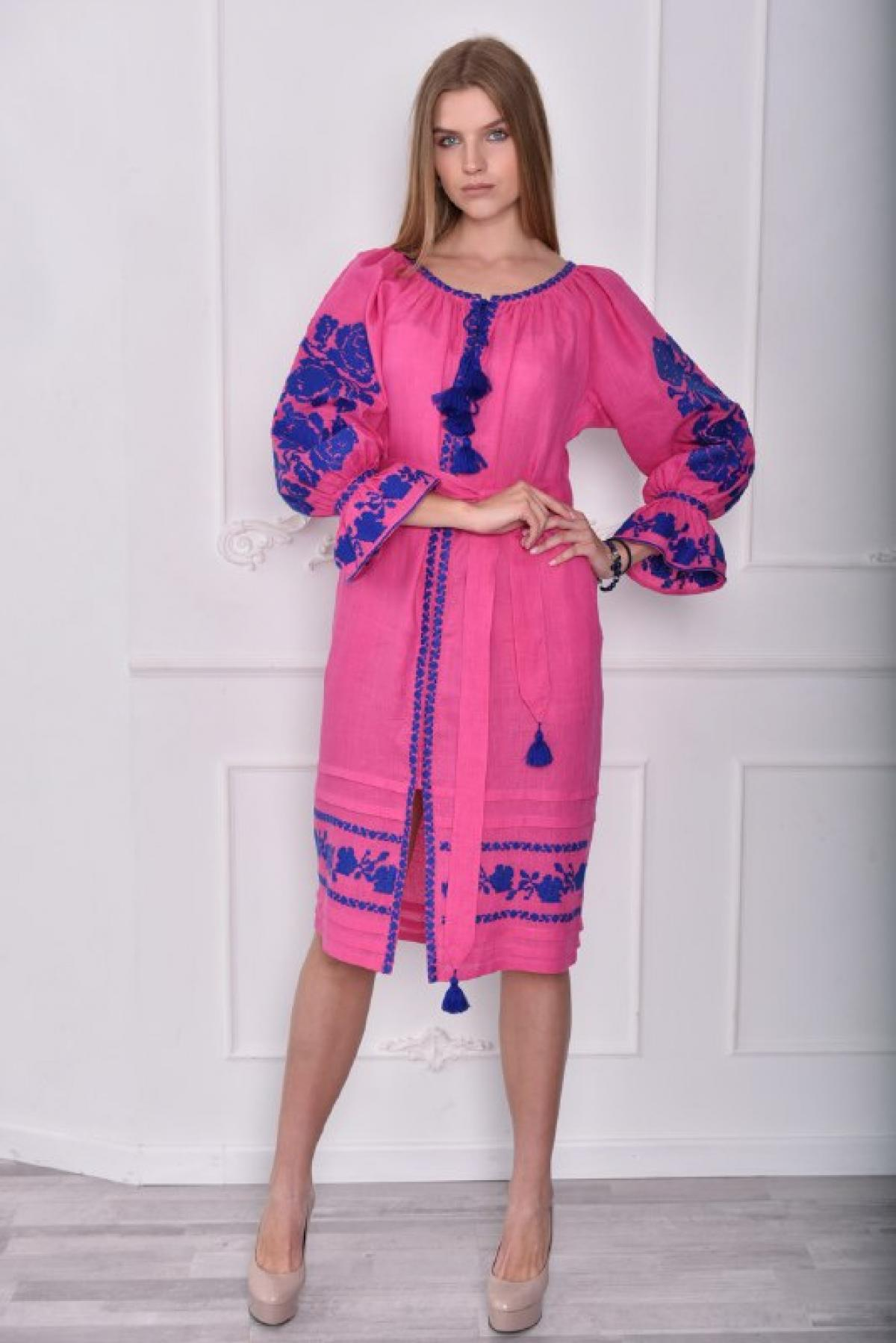 Bright pink dress with blue embroidery. Photo №4. | Narodnyi dim Ukraine