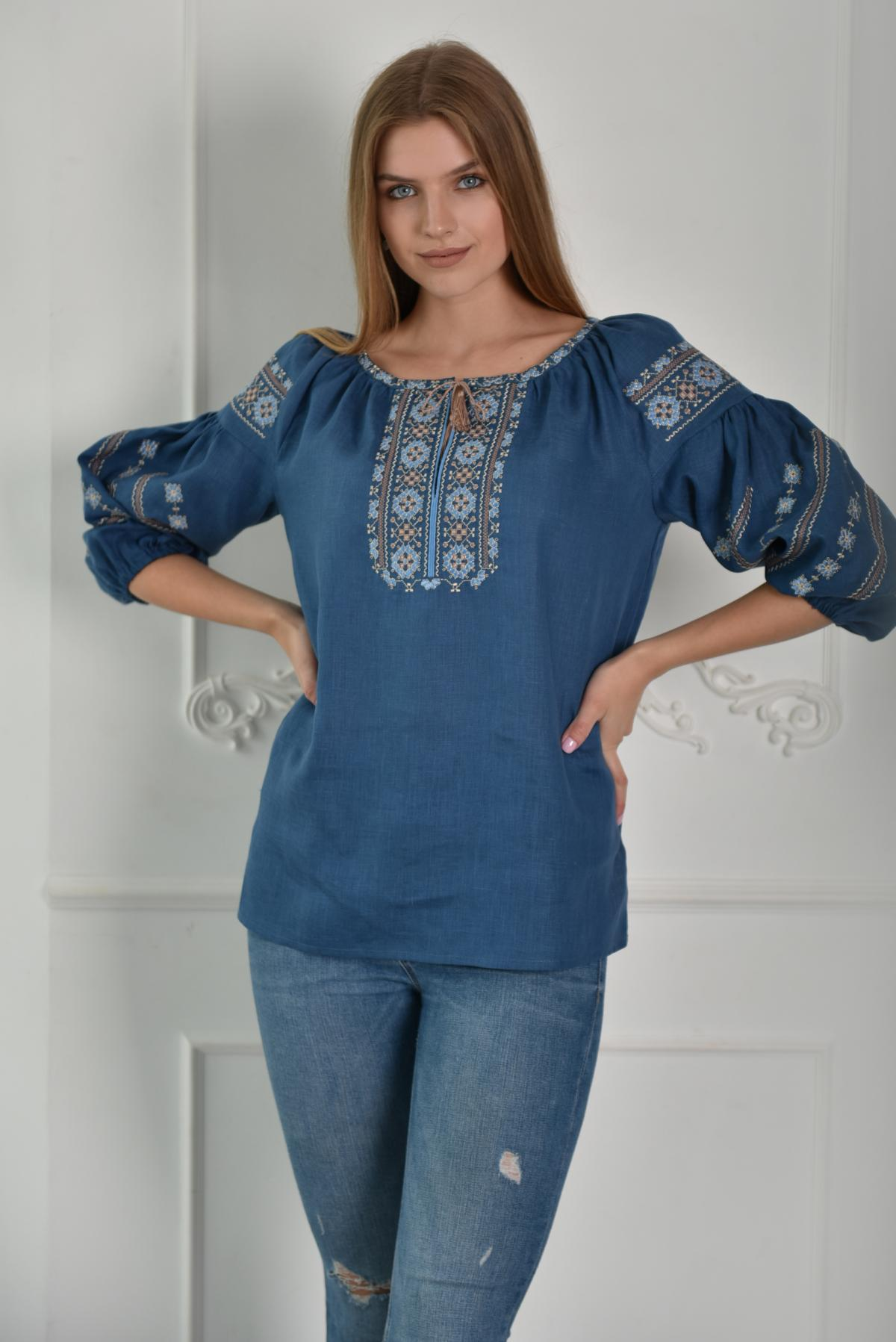 Синяя женская вышиванка с рукавом 3/4. Фото №1. | Народный дом Украина