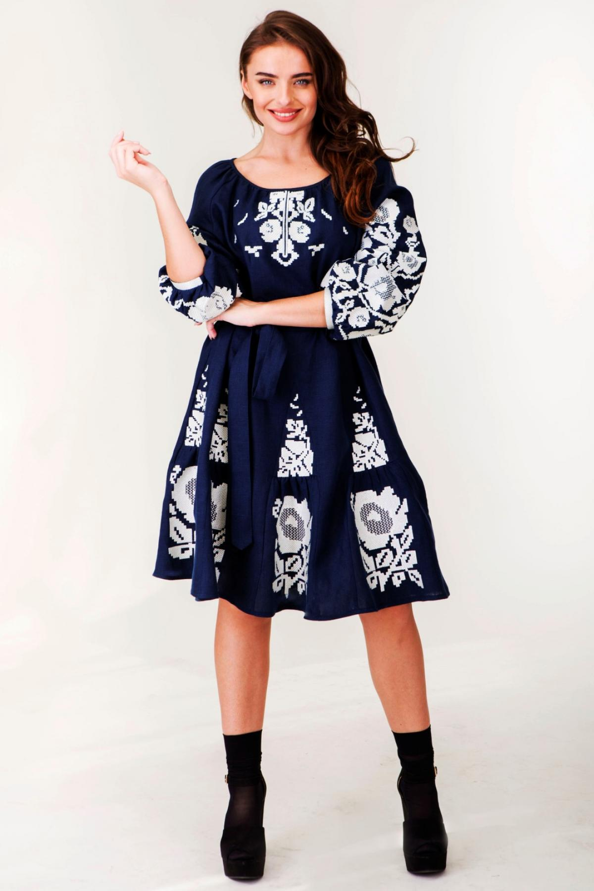 Dark blue linen dress with white embroidered floral pattern. Photo №1. | Narodnyi dim Ukraine