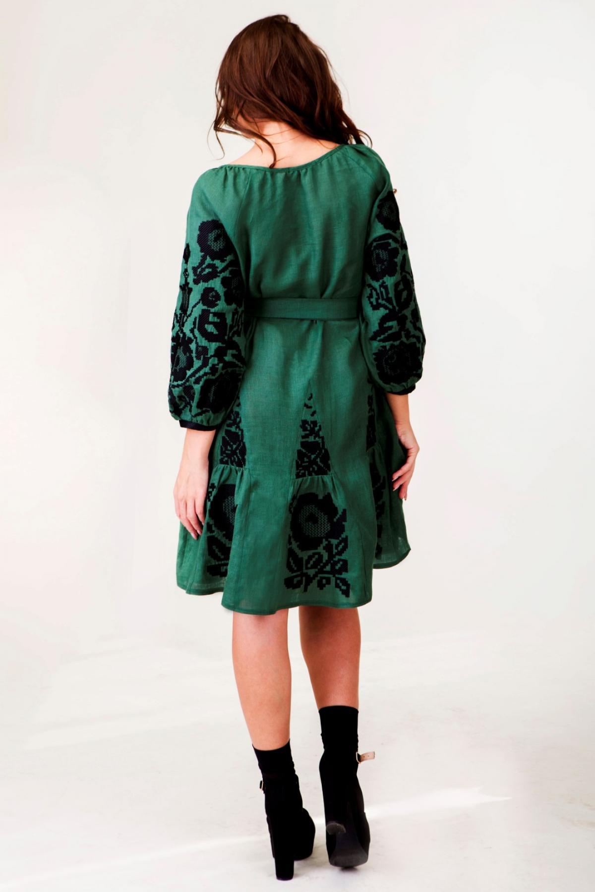 Оливково-зелена вишита сукня. Фото №2. | Народний дім Україна