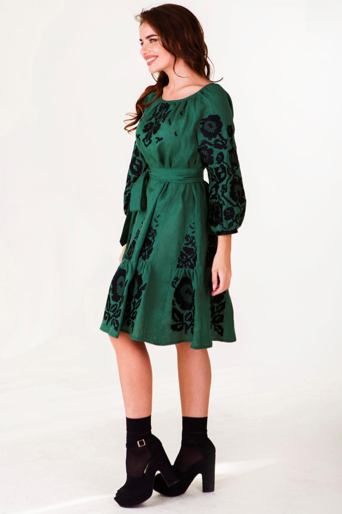 Оливково-зелена вишита сукня. Фото №3. | Народний дім Україна