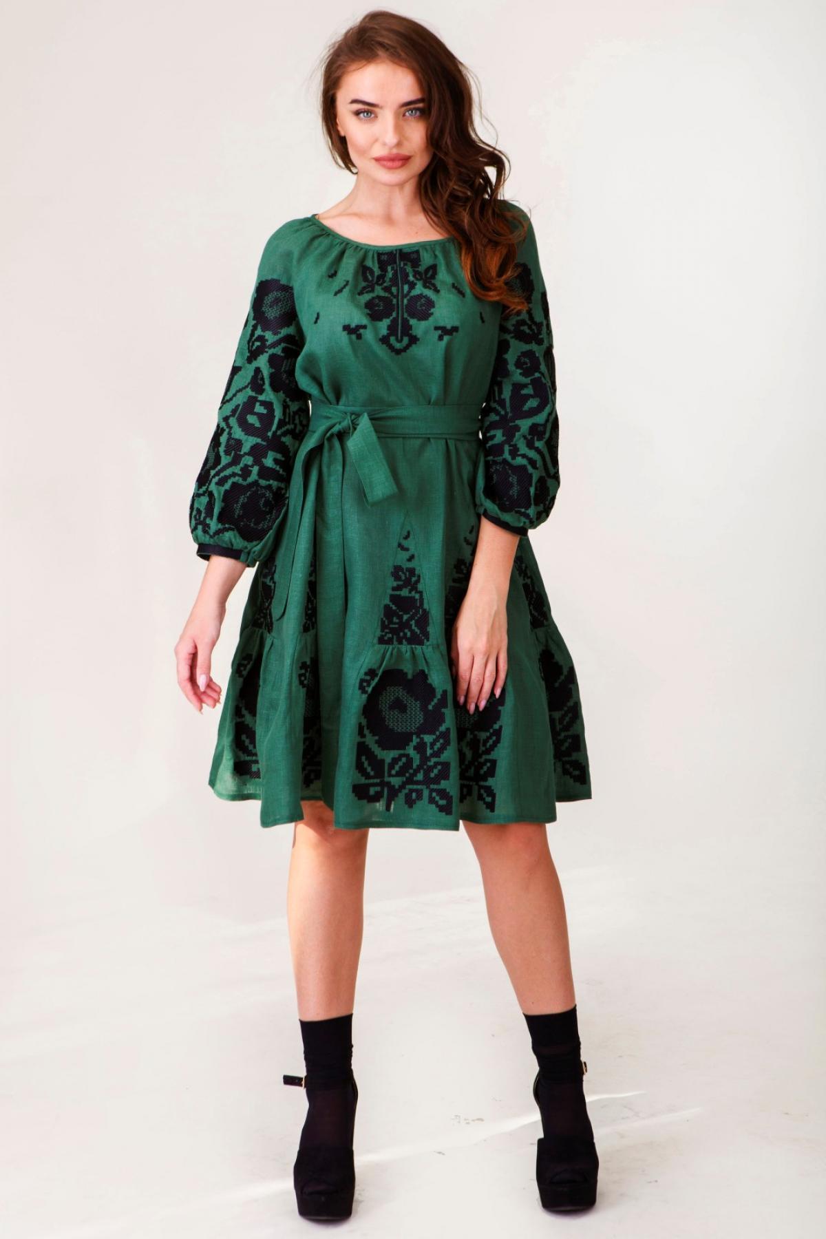 Оливково-зелена вишита сукня. Фото №1. | Народний дім Україна